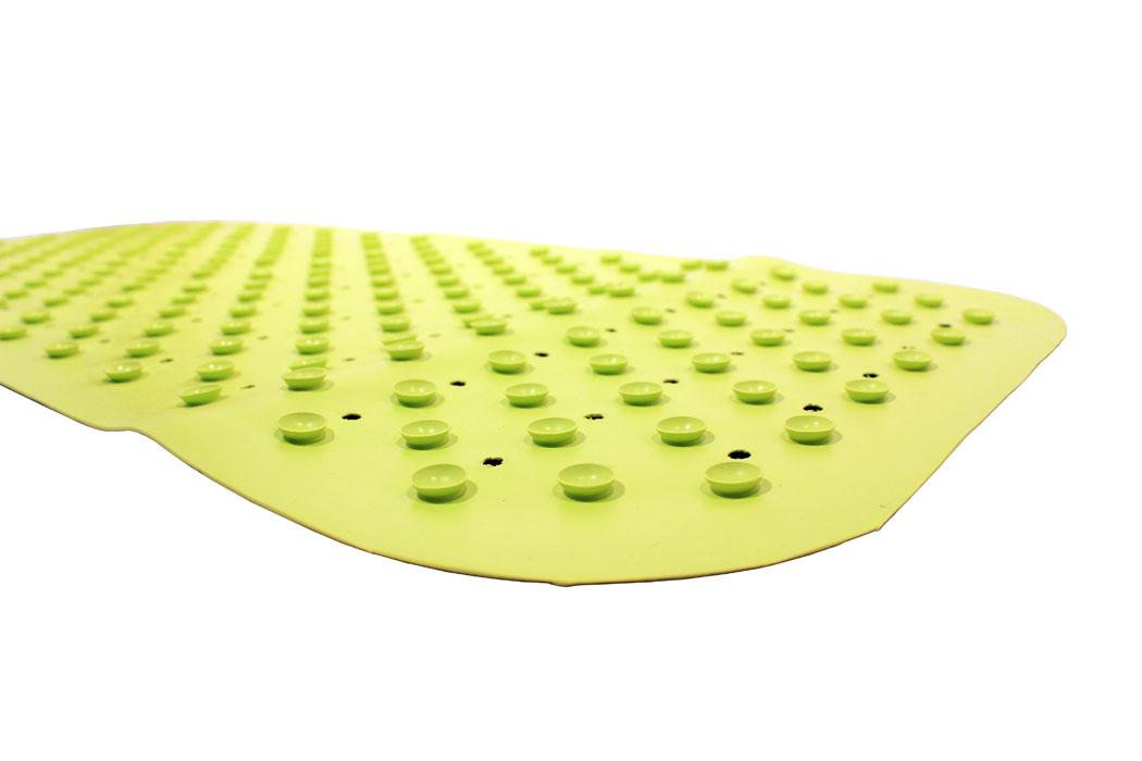 Антискользящий коврик Roxy-kids для ванны, цвет: желтый, 34,5 см х 76 смBM-34576Противоскользящий коврик для ванны создан специально для детей и призван обеспечить комфортное и безопасное купание малышей в ванне. Он обладает целым рядом важных преимуществ. Мягкие присоски надежно прикрепляют коврик ко дну ванны и не дают ему скользить по ее поверхности, как бы активно ни двигался малыш. Специальное покрытие препятствует скольжению ног или тела ребенка по коврику. Поверхность коврика имеет рельефные элементы, обеспечивающие массажные функции, благодаря которым купание малыша в ванне станет не только простым и безопасным, но еще и полезным! Специальные отверстия позволяют воде легко стекать и обеспечивают более надежное крепление коврика к поверхности ванны. Оптимальный размер коврика 34 на 74 см делает его доступным для использования в любых ваннах, как в обычных больших, так и в детских ванночках и мини-бассейнах. Коврик выполнен в жизнерадостном салатовом цвете - он станет не только отличным помощником вам и вашему малышу, но и стильным аксессуаром! ...