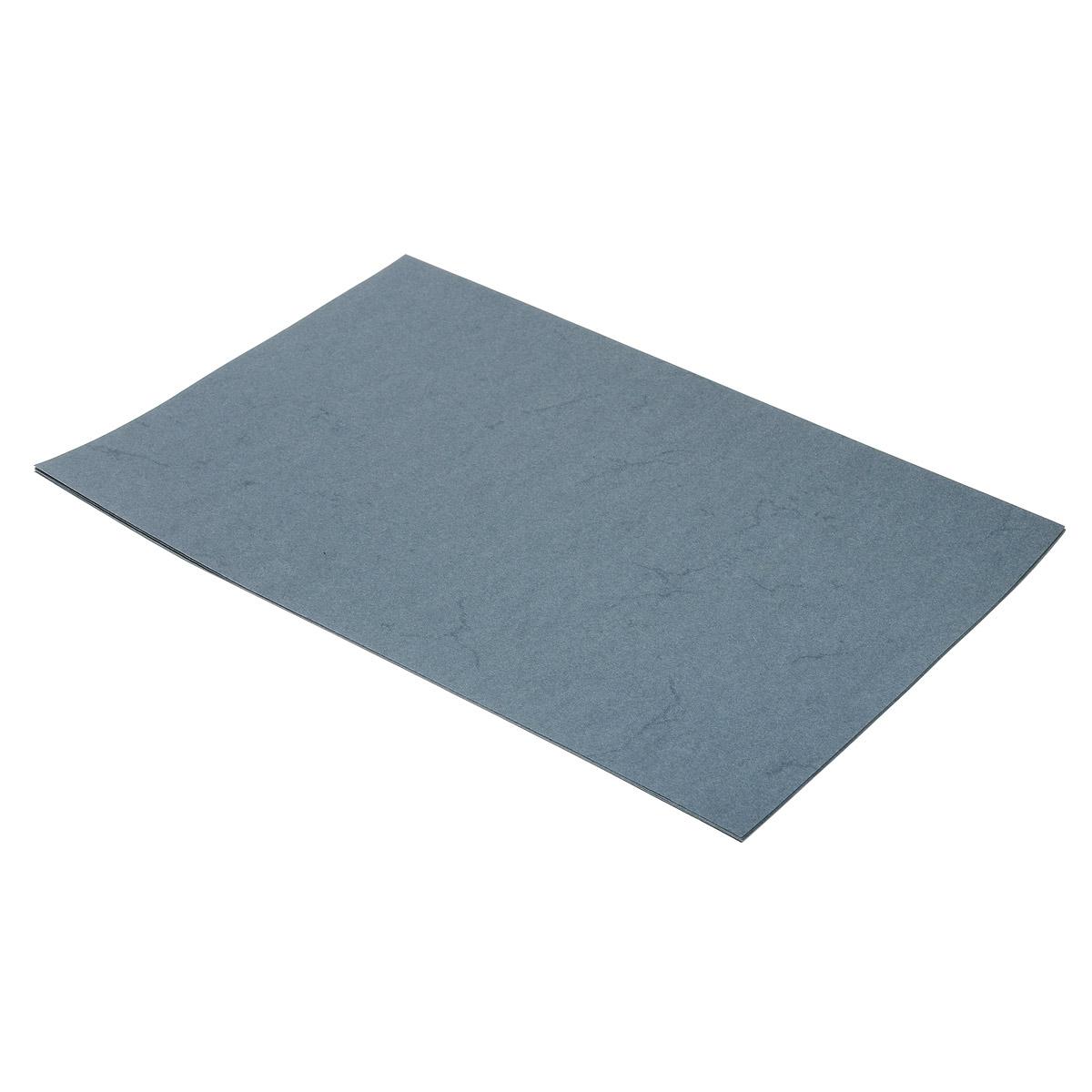 Бумага с имитацией пергамента Folia, цвет: серый, A4, 10 л7708146Гладкая тонированная дизайнерская бумага Folia с имитацией окрашенного пергамента идеальна для изготовления оригинальных визиток, папок, календарей, презентационной продукции. Также бумага прекрасно подойдет для оформления творческих работ в технике скрапбукинг. Ее можно использовать для украшения фотоальбомов, скрап-страничек, подарков, конвертов, фоторамок, открыток и многого другого. В наборе - 10 листов. Скрапбукинг - это хобби, которое способно приносить массу приятных эмоций не только человеку, который этим занимается, но и его близким, друзьям, родным. Это невероятно увлекательное занятие, которое поможет вам сохранить наиболее памятные и яркие моменты вашей жизни, а также интересно оформить интерьер дома. Плотность бумаги: 110 г/м2. Размер листа: 21 см х 29,5 см. Формат листа: A4.