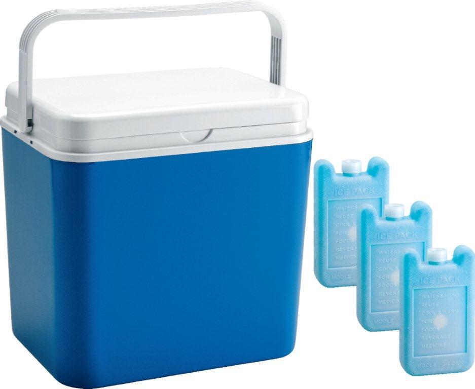 Контейнер изотермический Atlantic Cool Box, цвет: синий, 30 л + аккумулятор холода, 3 х 400 г19201Легкий и прочный изотермический контейнер Atlantic Cool Box предназначен для сохранения определенной температуры продуктов во время длительных поездок. Корпус и крышка контейнера изготовлены из высококачественного пластика. Между двойными стенками находится термоизоляционный слой, который обеспечивает сохранение температуры. Крышку можно использовать в качестве столика или подноса. Ручка служит фиксатором крышки, которая закрывается очень плотно. К контейнеру прилагается три аккумулятора холода по 400 г каждый.При использовании аккумулятора холода контейнер обеспечивает сохранение продуктов холодными до 12 часов.Температурный режим эксплуатации: от -30°C до +60°C. Контейнер идеально подходит для отдыха на природе, пикников, туристических походов и путешествий.Объем контейнера: 30 л.Размер контейнера: 40 см х 38 см х29 см.