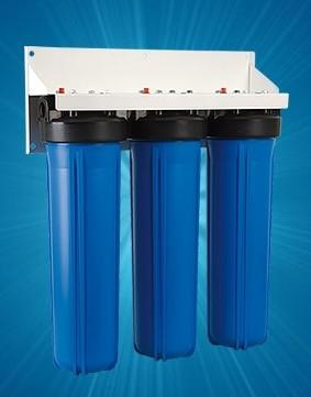 Корпус для стационарного магистрального фильтра Гейзер 3И 20ВВ (БА) без картриджаBL505Трехступенчатый стационарный фильтр повышенной производительности Гейзер 3И 20ВВ (без картриджей). Устанавливается непосредственно на магистраль холодного водоснабжения на входе дачи, дома, коттеджа. Предназначен для размещения сменных картриджей стандарта Big Blue 20. Перечень картриджей Гейзер, подходящих к корпусам 20ВВ: РР-20ВВ, PYP-20BB, БА-20ВВ, Fe-20BB, БС-20ВВ, Арагон-3 20ВВ, КУ-20ВВ, СВС-20ВВ, ММВ-20ВВ, БАФ-20ВВ. Дополнительная информация: Корпус фильтра выполнен из прочного пластика. Тип корпуса – Big Blue 20 (диаметр используемых картриджей 114-17 мм). Гарантия 3 года.