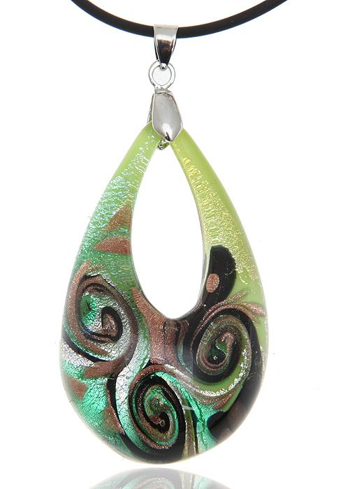 """Кулон на шнурке """"Тайны лагуны"""". Муранское стекло светло-зеленого цвета, шнурок из каучука, ручная работа. Murano, Италия (Венеция)"""