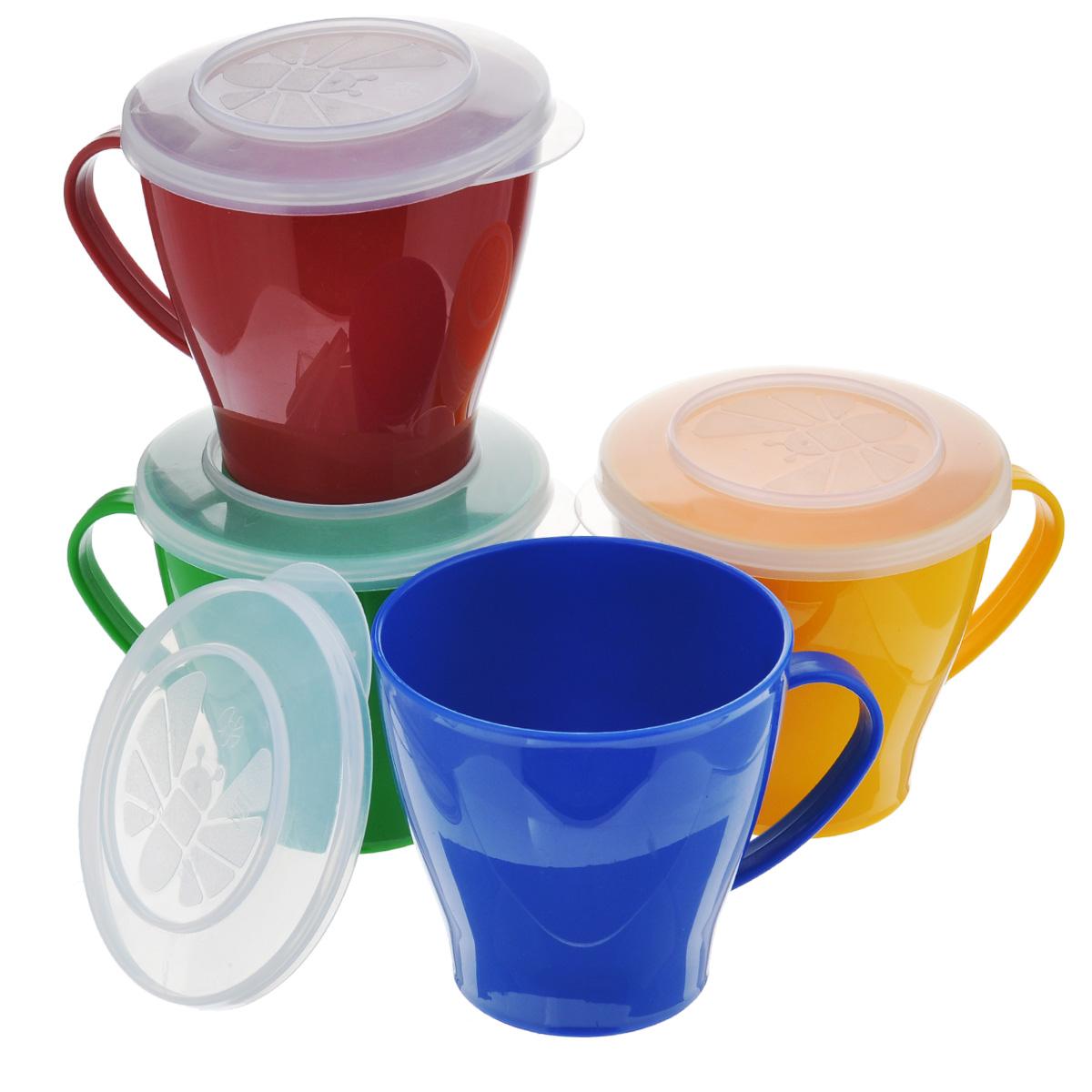 Набор чашек Solaris, 0,36 л, 4 штS1404В набор Solaris входит 4 толстостенных эргономичных чашки с герметичными крышками, в удобной виниловой сумке с ручкой и молнией. Чашки можно использовать для чая/кофе/напитков, приготовления суповых наборов, как пищевые контейнеры и т.п. Свойства посуды: Посуда из ударопрочного пищевого полипропилена предназначена для многократного использования. Легкая, прочная и износостойкая, экологически чистая, эта посуда работает в диапазоне температур от -25°С до +110°С. Можно мыть в посудомоечной машине. Эта посуда также обеспечивает: Хранение горячих и холодных пищевых продуктов; Разогрев продуктов в микроволновой печи; Приготовление пищи в микроволновой печи на пару (пароварка); Хранение продуктов в холодильной и морозильной камере; Кипячение воды с помощью электрокипятильника. Высота чашек: 9 см. Диаметр чашек по верхнему краю (без учета ручки): 9 см. Диаметр дна: 5,8 см.