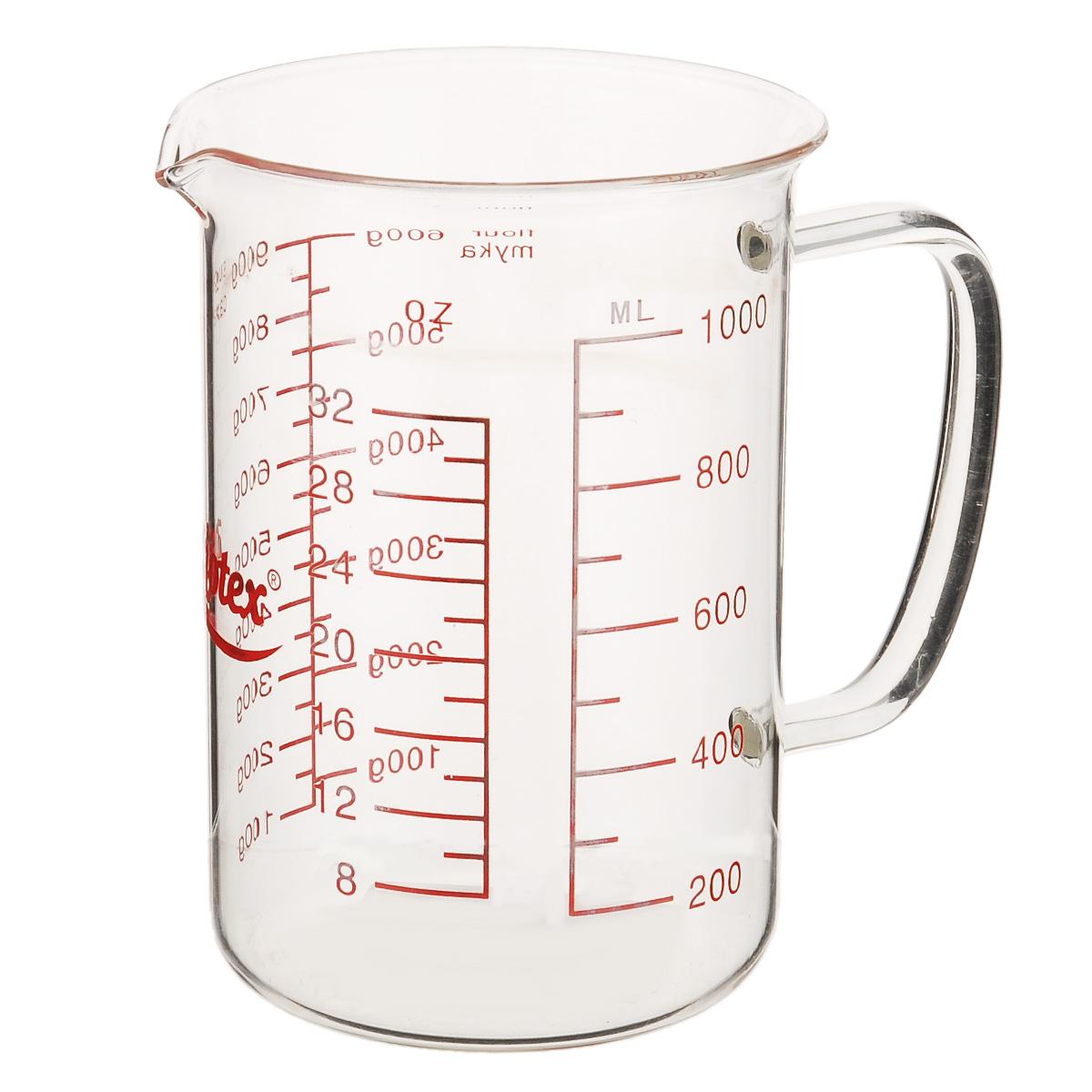 Стакан мерный Mijotex, 1 лMC18Мерный прозрачный стакан Mijotex выполнен из высококачественного стекла. Стакан оснащен удобной ручкой и носиком, которые делают изделие еще более простым в использовании. Он позволяет мерить жидкости до 1000 мл, также есть шкала измерения в унциях (oz). Такой стаканчик пригодится на каждой кухне, ведь зачастую приготовление некоторых блюд требует известной точности. Объем: 1000 мл. Диаметр (по верхнему краю): 11 см. Высота: 15,5 см.