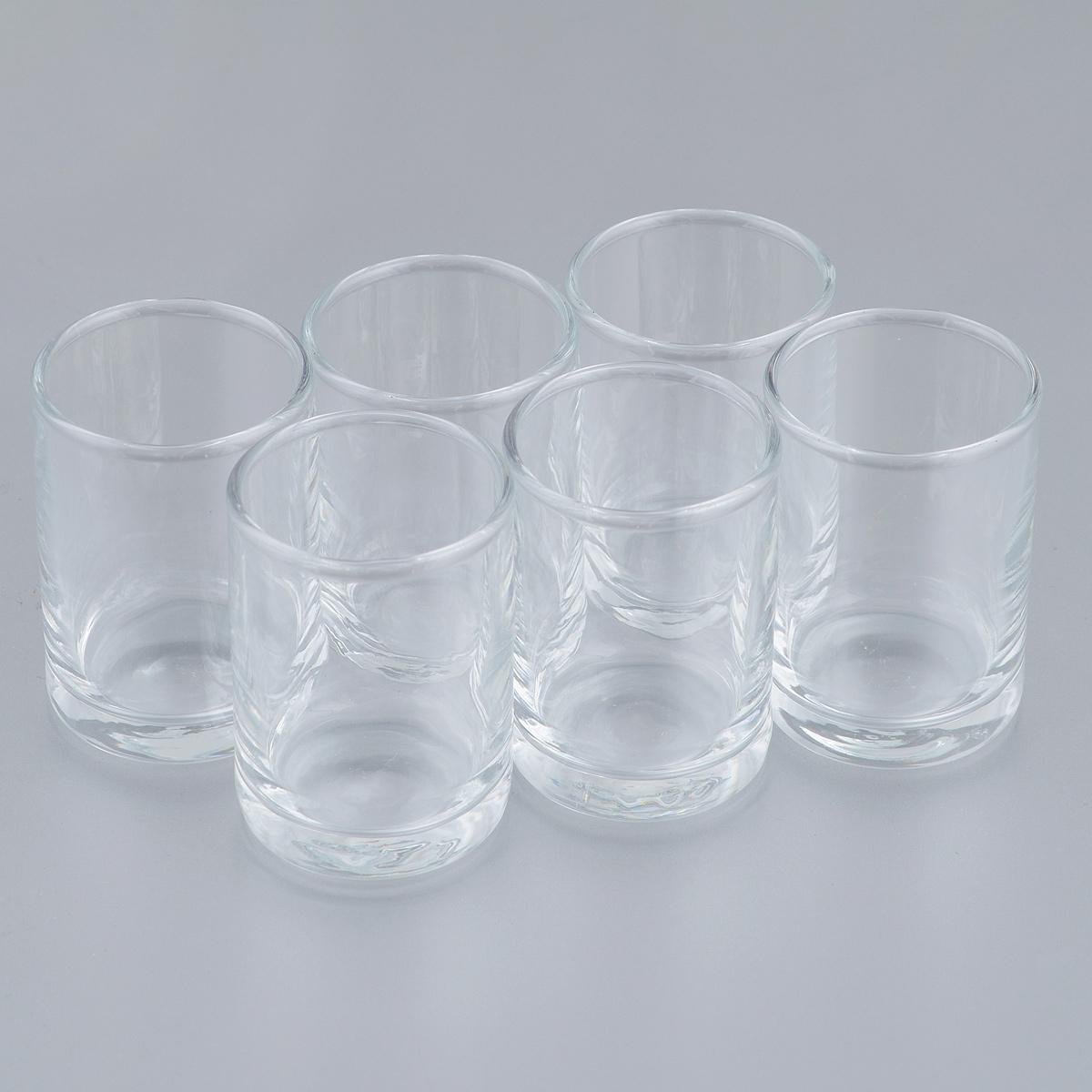 Набор стопок Pasabahce Istanbul, 60 мл, 6 шт42025BНабор Pasabahce Istanbul, выполненный из закаленного натрий-кальций-силикатного стекла, состоит из шести стопок. Изделия прекрасно подойдут для подачи крепких алкогольных напитков. Их оценят как любители классики, так и те, кто предпочитает современный дизайн. Набор идеально подойдет для сервировки стола и станет отличным подарком к любому празднику. Диаметр стопки (по верхнему краю): 4 см. Высота стопки: 6 см.