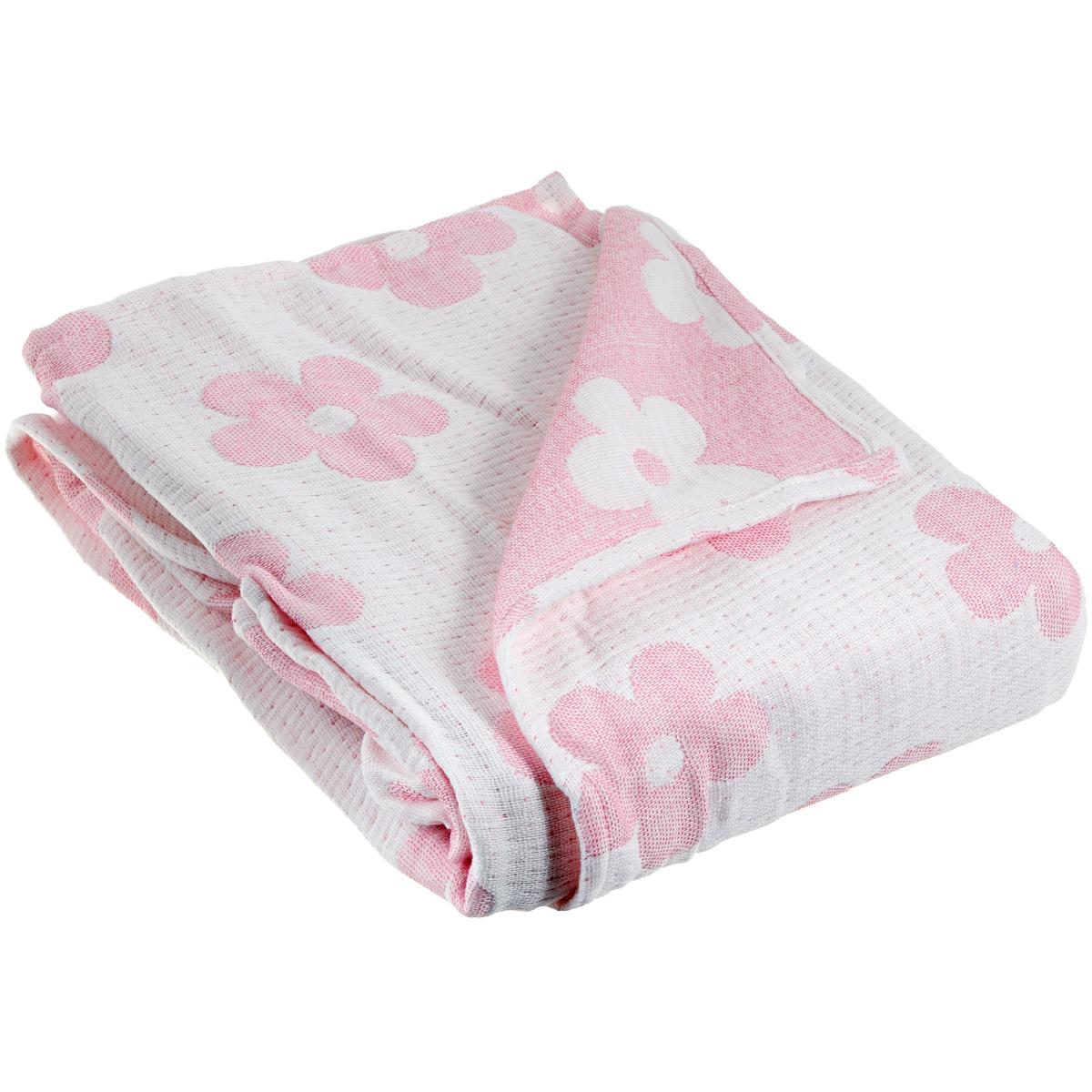 Плед-одеяло детский Baby Nice Цветы, муслиновый, цвет: розовый, 100 см x 118 см10503Муслиновый плед-одеяло Baby Nice Цветы, изготовленный из мягкого натурального 100% хлопка, оформлен цветочным рисунком. Плед-одеяло для новорожденных из мягкого и дышащего муслинового хлопка идеально подходит для комфортного сна малыша. Состоит из четырех слоев дышащего муслина, которые помогут сохранить тепло собственного тела ребенка, предотвращая перегревание. Благодаря особой технологии переплетения нитей и специальной отделки пряжи, муслиновый плед приобрел улучшенную мягкость и гигроскопичность. Легкий и дышащий, эластичный и практичный, такой плед хорошо пропускает воздух, впитывает влагу и прекрасно отдает тепло. Он создаст вашему малышу ощущение свежести и комфорта. Муслиновый плед сохраняет свои свойства даже после многочисленных стирок, быстро сохнет и не требует глажки. Во время прогулки такой плед послужит легким одеялом в коляску.