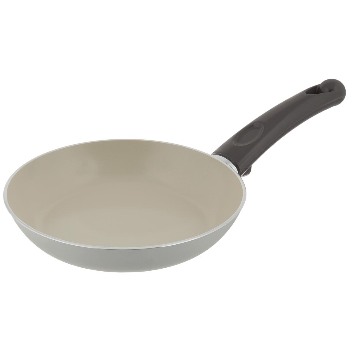 Сковорода TVS Bianca, с антипригарным покрытием, цвет: молочный. Диаметр 20 см4L104202916201Сковорода TVS Bianca выполнена из алюминия с внешним эмалированным покрытием молочного цвета и обладает превосходной теплопроводностью. Идеально подходит для жарки и тушения небольших порций блюд. Внутреннее антипригарное керамическое покрытие Ceramit позволяет готовить пищу с минимальным количеством масла. Эргономичная ручка, изготовленная из бакелита, имеет плавные формы, которые подчеркивают стиль сковороды. Сковорода TVS Bianca изготовлена из экологичных материалов, что делает ее пригодной для приготовления пищи детям. Подходит для всех видов плит, кроме индукционных. Можно мыть в посудомоечной машине. Коллекция посуды Bianca - серия кухонной посуды с керамическим покрытием Ceramit. Отличается своей экологичностью и непревзойденной непористой гладкой антипригарной поверхностью молочного цвета. Компания TVS была основана в 1968 году. Основными принципами, которых придерживается компания, являются экологическая безопасность...