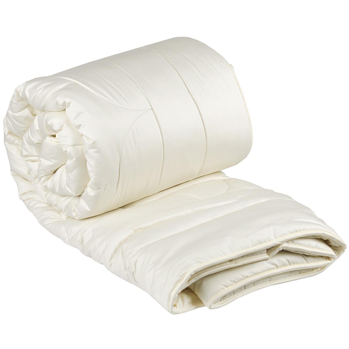 Одеяло Dargez Акапулько, легкое, наполнитель: шерсть альпака, 200 х 220 см26(37)39Одеяло Dargez Акапулько представляет собой чехол из сатина гладкокрашеного (100% хлопок) с наполнителем шерсти альпака. Шерсть альпака - легкая, тонкая, мягкая, с шелковистым блеском и по своим основным характеристикам обладающая антиаллергенными, противовоспалительными и ранозаживляющими свойствами. Оделяло Dargez Акапулько создано специально для тех, кто ценит здоровый сон. Сатиновый чехол декорирован эксклюзивным жаккардовым рисунком пастельного цвета. Одеяло вложено в пластиковую сумку-чехол зеленого цвета на застежке-молнии, а специальная ручка делает чехол удобным для переноски. Одеяло Акапулько доставит вам незабываемые ощущения, обеспечивая комфортный и сладкий сон на протяжении длительных ночей. Материал верха: 100% хлопок. Наполнитель: шерсть альпака. Масса наполнителя: 300 г/м2.