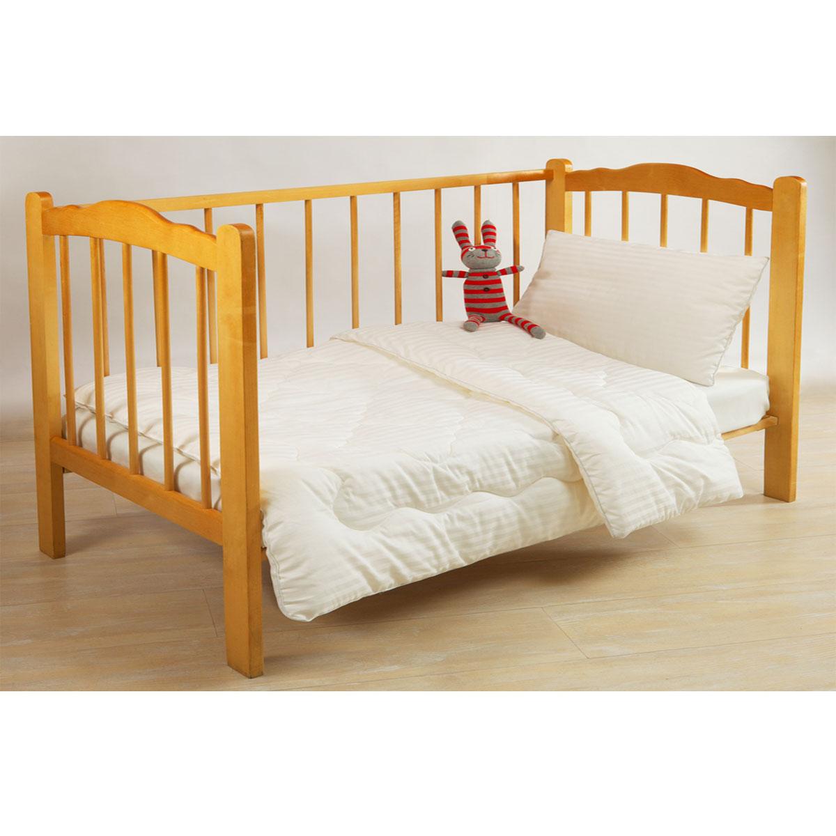Одеяло Fani/Фани, 110 см х 140 см, цвет: белый123415707-10Одеяло Fani/Фани создано специально для детей! Одеяло Fani/Фани с наполнителем из волокна бамбука в чехле из нежного итальянского сатин-жаккарда (100% хлопок) белого цвета с художественной стежкой, не только легкое и приятное на ощупь, но обладает уникальными оздоравливающими свойствами. Бамбук является природным антисептиком, обладающим уникальными антибактериальными и дезодорирующими свойствами. Также бамбуковое волокно является абсолютно гипоаллергенным наполнителем, что делает его идеальным для постели ребенка. УХОД: возможна не только ручная, но и машинная стирка в теплой воде (не выше 30 градусов) с использованием моющих средств, не содержащих отбеливающих веществ. После стирки изделие в глажке не нуждается. Не рекомендуется машинная сушка. Химическая чистка разрешена. Характеристики: Материал чехла: сатин-жаккард (100% хлопок). Наполнитель: волокно бамбука. Размер одеяла: 110 см х 140 см....