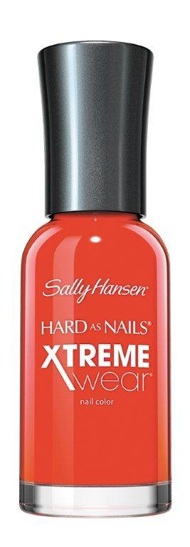 Sally Hansen Xtreme Wear Лак для ногтей тон 170 hot temale, 11,8 мл28420_красныйКомпания Sally Hansen предлагает своим клиентам лак для ногтей Hard As Nails Xtreme Wear Nail Color в ассортименте. Продукт оказывает укрепляющее и увлажняющее воздействие, насыщает питательными веществами, отличается особой стойкостью. Средство равномерно распределяется по поверхности ногтевой пластины, быстро высыхает, не скалывается и не отслаивается. В коллекции представлено большое разнообразие смелых и изысканных цветов, которые позволят создать элегантный маникюр.