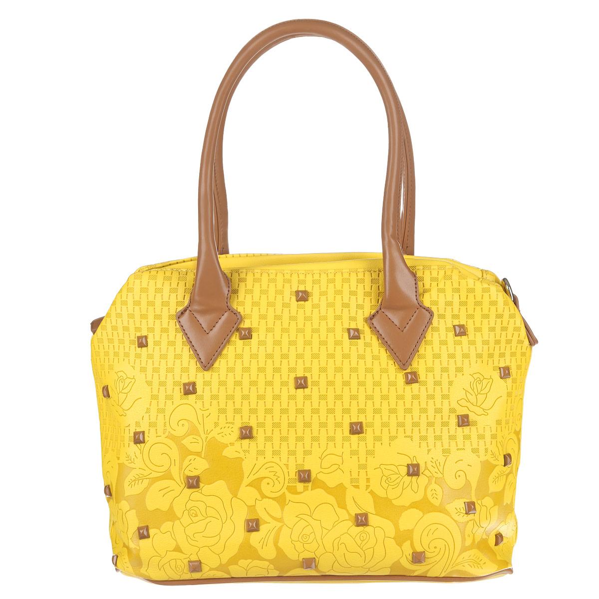 Сумка женская Orsa Oro, цвет: желтый, коричневый. D-801/493-47670-00504Женская сумка Orsa Oro выполнена из высококачественной искусственной кожи с тиснением, украшена пластиковыми клепками.Сумка с одним отделением, застегивающимся на молнию. Внутри один карман на молнии и два кармашка для мелочей. Сумка оснащена двумя удобными ручками и съемным ремнем, длина которого регулируется пряжкой. Ремень крепится по бокам сумки с помощью карабинов.Эффектная сумка Orsa Oro подчеркнет вашу яркую индивидуальность и сделает образ завершенным.