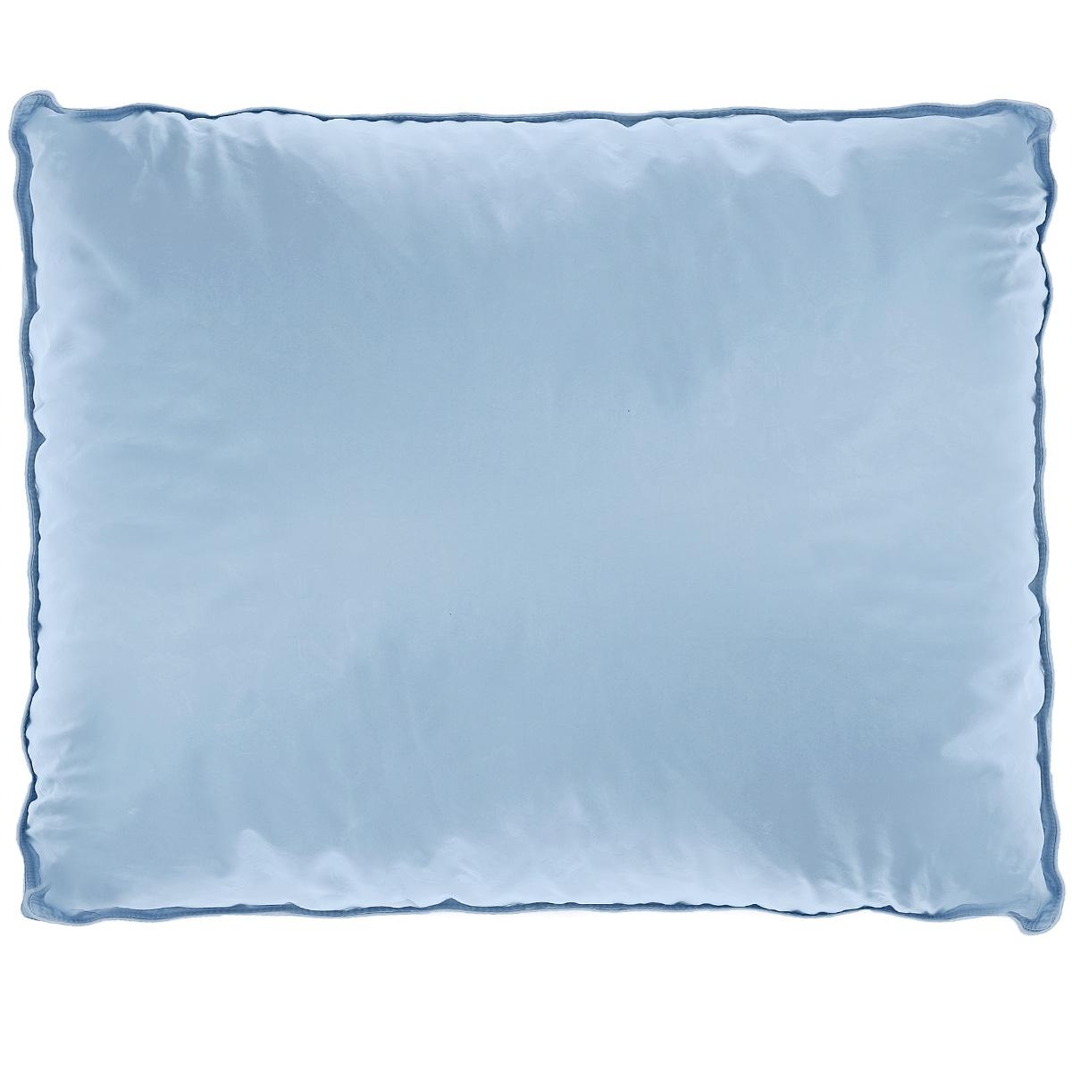 Подушка La Prima В нежности микрофибры, наполнитель: искусственный лебяжий пух, цвет: голубой, 70 х 70 см809/0222945/16/949Подушка La Prima В нежности микрофибры очень легкая, воздушная и одновременно теплая. Идеально подойдет тем, кто ценит мягкость и тепло. Такое изделие подарит комфортный сон. Чехол подушки выполнен из шелковистой микрофибры (двойной), оформленной изящным фактурным теснением в виде бабочек. Наполнитель - аналог натурального лебяжьего пуха. Подушка обладает высокой воздухопроницаемостью, прекрасно сохраняет тепло. Она гипоаллергенна и практична в уходе. Ручная стирка при температуре 30°С. Материал чехла: 100% полиэстер - микрофибра. Наполнитель: полиэфирное волокно/искусственный аналог лебяжьего пуха.