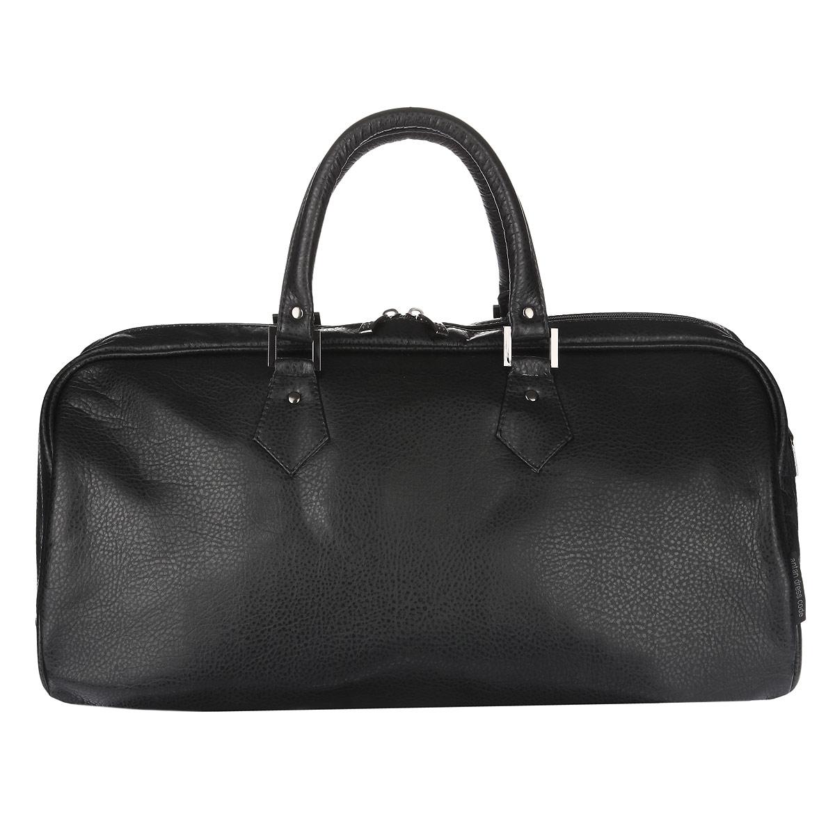Сумка дорожная Antan, цвет: черный. 2-132 В101057Вместительная дорожная сумка Antan выполнена из искусственной кожи и состоит из одного вместительного отделения, закрывающегося на пластиковую застежку-молнию с двумя бегунками. Внутри расположен вшитый карман на застежке-молнии. Сумка оснащена двумя удобными ручками и съемным плечевым регулируемым ремнем. Дно уплотнено.Такая модель отлично подойдет для поездок