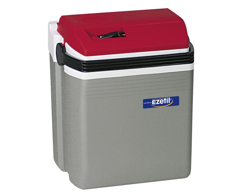 Термоэлектрический контейнер охлаждения Ezetil E21 12V, цвет: красный, серый, 19,6 л10775041Термоэлектрический контейнер охлаждения Ezetil предназначен для использования в салоне автомобиля в качестве портативного холодильника. Контейнер выполнен из высококачественного пластика, корпус гладкий, эргономичного дизайна, ударопрочный. Принцип действия термоэлектрического контейнера (холодильника) основан на свойстве полупроводниковых пластин, это свойство получило название эффект Пельтье. При протекании тока через полупроводниковую пластину одна сторона ее охлаждается (этой стороной пластина обращена внутрь контейнера), другая сторона - нагревается (эта сторона обращена наружу и охлаждается вентилятором). Дополнительный внутренний вентилятор в холодильной камере обеспечивает быстрое и равномерное охлаждение. Мощная, не нуждающаяся в техобслуживании охлаждающая система Peltier гарантирует оптимальную производительность по холоду. Действенная изоляция с наполнителем из пеноматериала поддерживает в холодном состоянии пищу и напитки в течение длительного времени в...