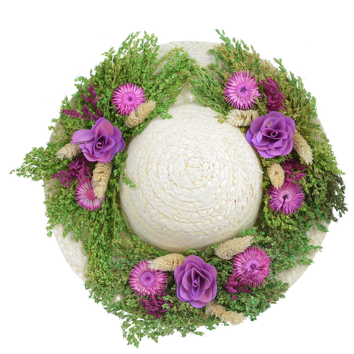 Декоративное настенное украшение Lillo Шляпа. 29 х 29 х 7,5 см300150Декоративное подвесное украшение Lillo Шляпа выполнено из натуральной соломы и украшено сухоцветами. Такая шляпа станет изящным элементом декора в вашем доме. С задней стороны расположена петелька для подвешивания. Такое украшение не только подчеркнет ваш изысканный вкус, но и прекрасным подарком, который обязательно порадует получателя.Диаметр шляпы: 29 см.