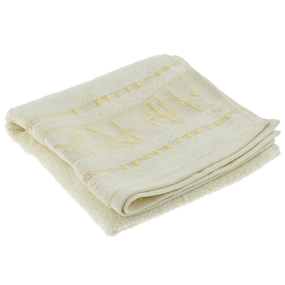 Полотенце Mariposa Bamboo, цвет: молочный, 50 см х 90 смBW-4770Махровое полотенце Mariposa Bamboo, изготовленное из 100% бамбука, подарит массу положительных эмоций и приятных ощущений.Бамбук - инновация в текстильном производстве с потрясающими характеристиками. Бамбуковое волокно с натуральным блеском мягче самого мягкого хлопка и по качеству напоминает шелк и кашемир. Ткань из бамбука обладает натуральными антимикробными свойствами и не нуждается в специальной химической обработке. Ткань содержит компонент Bamboo Kun, предотвращающий размножение бактерий. Бамбук - это самый жизнеспособный природный ресурс, он растет без пестицидов и химикатов, поэтому экологичен. Полотенца из бамбука только издали похожи на обычные. На самом деле, при первом же прикосновении вы ощутите невероятную мягкость и шелковистость. Таким полотенцем не нужно вытираться - только коснитесь кожи - и ткань сама все впитает! Несмотря на богатую плотность и высокую петлю полотенца, оно быстро сохнет, остается легким даже при намокании.Полотенце оформлено изображением бамбука. Благородный тон создает уют и подчеркивает лучшие качества махровой ткани. Полотенце Mariposa Bamboo станет достойным выбором для вас и приятным подарком для ваших близких.