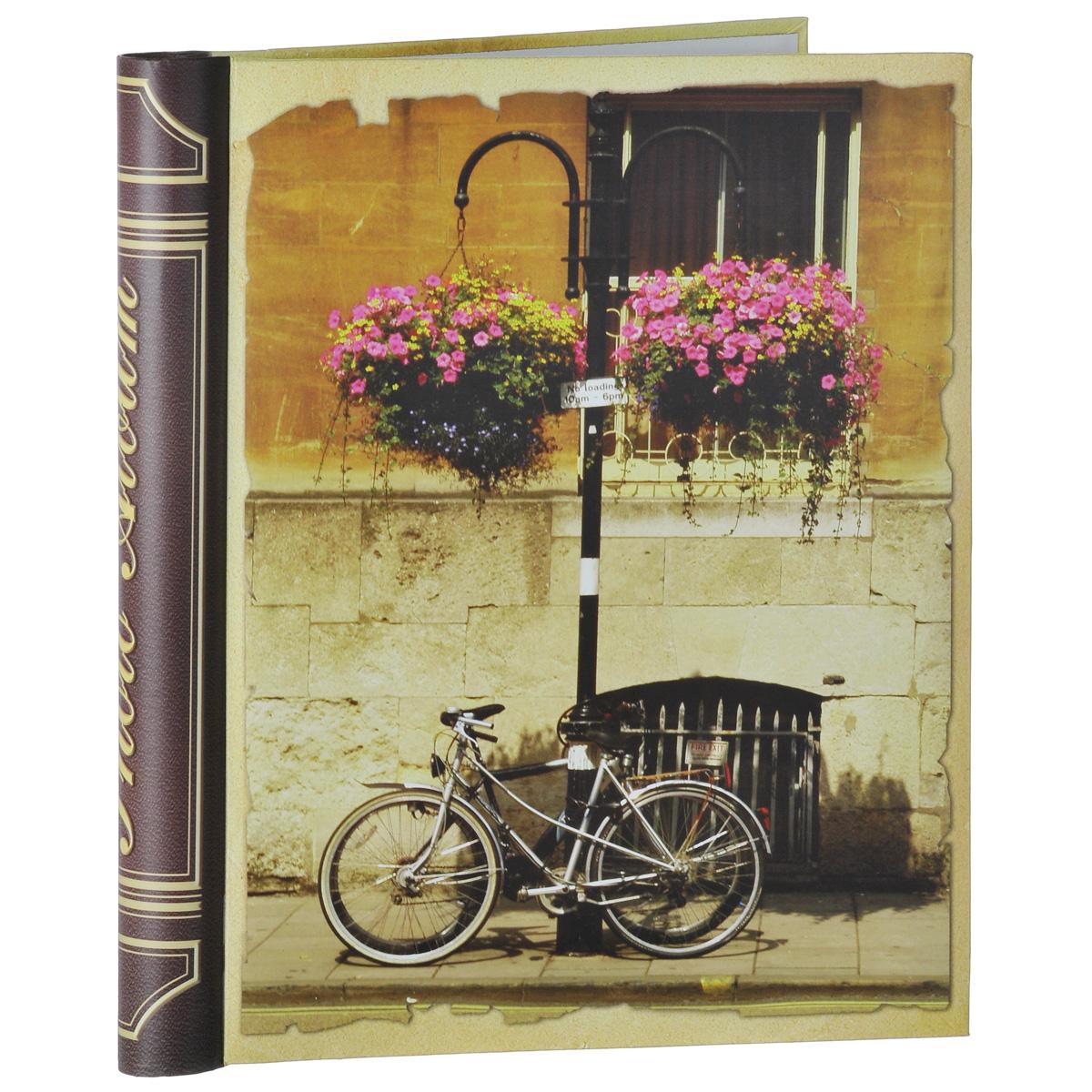 Фотоальбом Феникс-презент Велосипед, на кольцах, 10 магнитных листов, 24,5 х 29 см38774Фотоальбом Феникс-презент Велосипед, изготовленный из картона с клеевым покрытием и пленки ПВХ, сохранит моменты ваших счастливых мгновений на своих страницах! Обложка альбома оформлена изображением велосипеда. Листы размещены на пластиковых кольцах. Альбом с магнитными листами удобен тем, что он позволяет размещать фотографии разных размеров. Магнитные страницы обладают следующими преимуществами: - Не нужно прикладывать усилий для закрепления фотографий, - Не нужно заботиться о размерах фотографий, так как вы можете вставить в альбом фотографии разных размеров, - Защита фотографий от постоянных прикосновений зрителей с помощью пленки ПВХ. Нам всегда так приятно вспоминать о самых счастливых моментах жизни, запечатленных на фотографиях. Поэтому фотоальбом является универсальным подарком к любому празднику. Вашим родным, близким и просто знакомым будет приятно помещать фотографии в этот альбом. Количество листов:...