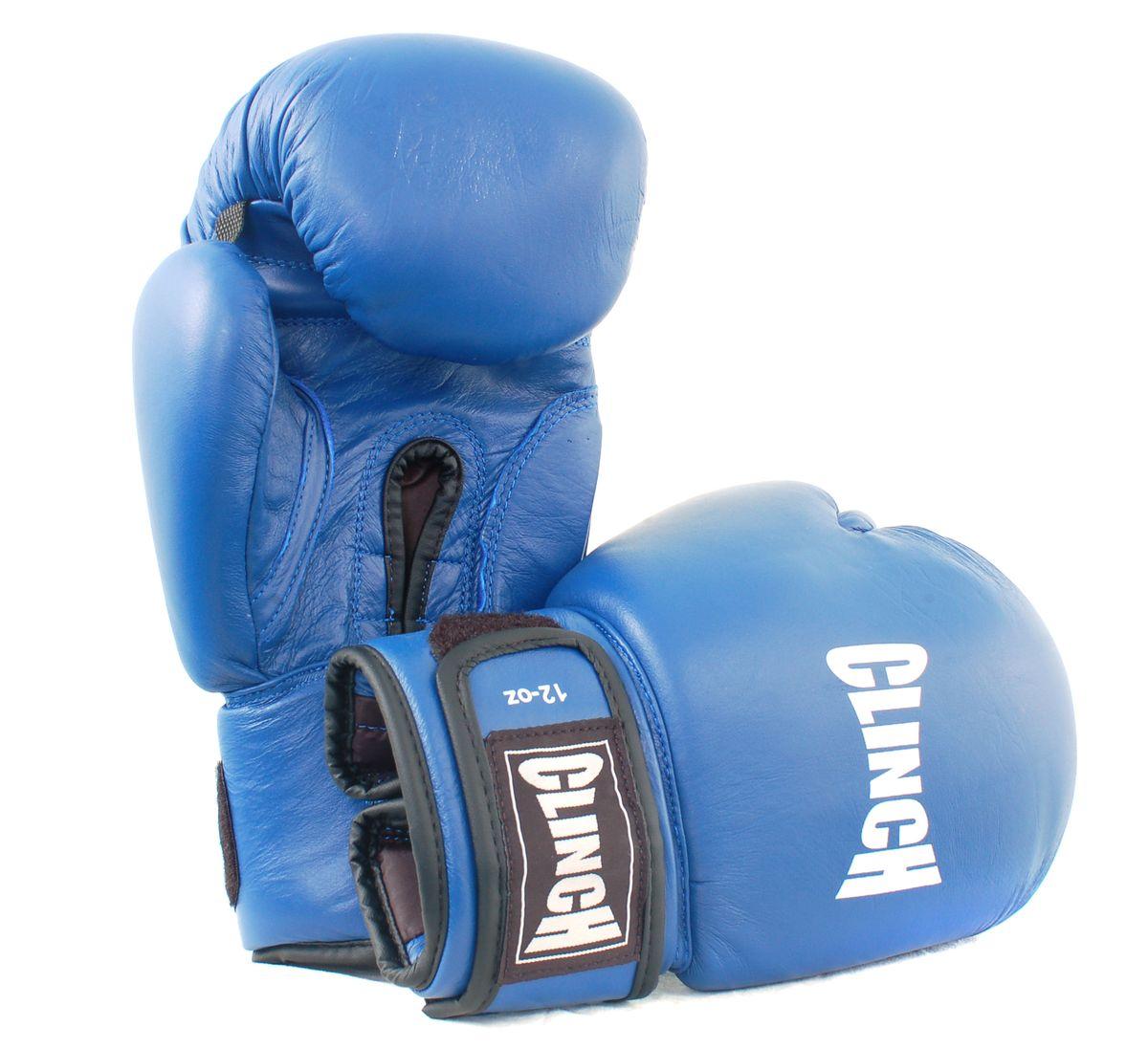 Перчатки боксерские Clinch, цвет: синий, 10 унций. C228AP02013Боксерские перчатки Clinch идеально подойдут для соревнований, боев и спаррингов. Перчатки выполнены из высококачественной натуральной кожи с инжекционным литым вкладышем, смягчающим силу удара и дополнительно защищающим руку. На тыльной стороне перчаток предусмотрены отверстия для вентиляции. Большой палец соединен с перчаткой небольшой плотной перемычкой. Перчатки прочно фиксируются на запястье широкой манжетой на липучке, что гарантирует быстроту и удобство одевания.