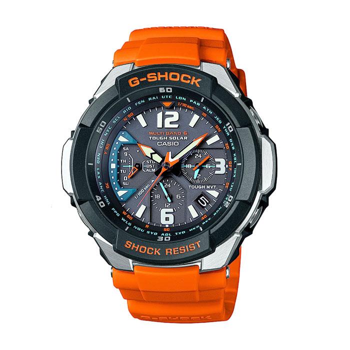 Наручные часы Casio GW-3000M-4AINT-06501Наручные часы Casio GW-3000M.Противоударные:Ударопрочная конструкция защищает от ударов и вибрации.Питание от солнечной энергии:Солнечная подзаряжающаяся батарейка обеспечивает питание часов для работы.Прием радиосигнала (Европа, США, Япония, Китай):В Европе илиСеверной Америке, во многих частях Канады и Центральной Америки, Японии и Китае после настройки часов на местный часовой пояс, часы будут получать радио-сигнал калибровки, гарантирующий, что они всегда будут показывать точное время. В большинстве стран переход летнее и зимнее время также обновляется автоматически.Неоновый дисплей:Светящееся покрытие обеспечивает длительную подсветку в темное время суток после короткого воздействия света.Мировое время:Отображение текущего времени в основных городах и конкретных областях по всему миру.Отображение даты и дня недели:На дисплее отображается текущая дата и день недели.Функция секундомера - 1/100 сек. - 24 минут:Прошедшее время, время прохождения круга и общее время измеряются с точностью до сотой доли секунды. Предел измерений 24 минуты.Ежедневный будильник:Издавая звуковой сигнал в установленное время, будильник напомнит о событиях, которые повторяются каждый день. Автоматическая ручная настройка:Функция автоматической ручной настройки проверяет исходное положение стрелок каждый час и корректирует его в случае необходимости - изменение после удара, либо из-за влияния магнитного поля.Автоматический календарь:После настройки автоматический календарь всегда отображает точную дату. Минеральное стекло:Прочное и устойчивое к царапинам минеральное стекло защищает часы от любых повреждений, которые могут испортить внешний вид часов.Корпус из нержавеющей стали и полимерного пластика:Прочный, надежный и элегантный браслет является неотъемлемой частью часов.Ремешок из полимерного материала:Натуральный полимерный материал является идеальным для изготовления ремешка благодаря своей чрезвычайной прочности и гибкости. Водонепроницаемые час