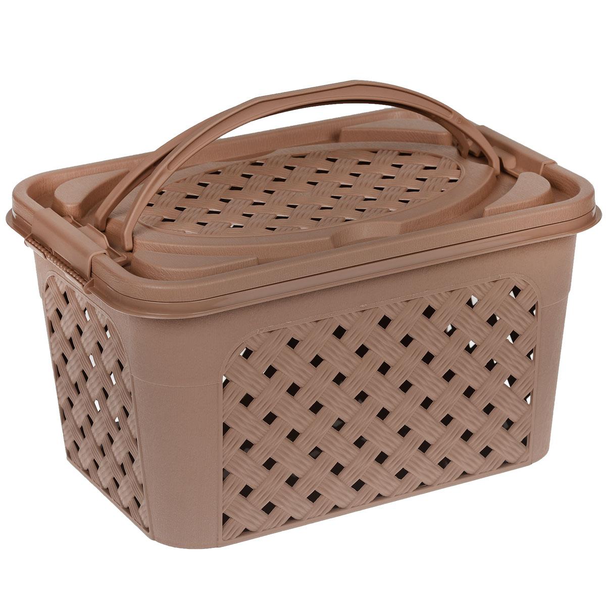 Контейнер Альтернатива Плетенка-люкс, цвет: темно-бежевый, 39 см х 26 см х 21 см10503Контейнер Альтернатива Плетенка-люкс выполнен из прочного пластика. Он предназначен для хранения различных бытовых вещей и продуктов.Контейнер имеет крышку, которая легко открывается и плотно закрывается, благодаря зажимам, расположенным по бокам. Стенки контейнера и крышка имитированы под плетение, за счет этого обеспечивается естественная вентиляция. Контейнер оснащен двумя ручками, благодаря которым его удобно переносить. Контейнер поможет хранить все в одном месте, а также его можно использовать как корзину для пикника.