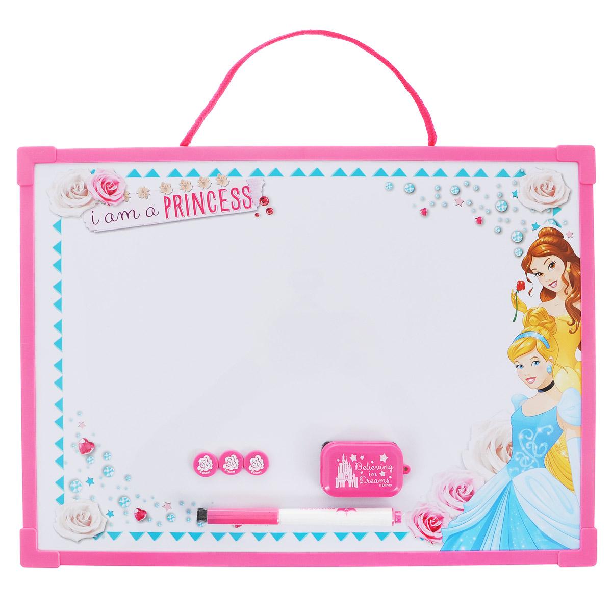 Доска для рисования Princess Пиши-стирай, цвет: розовый, белый. PRCB-US1-Z150098FS-00897Доска для рисования Princess Пиши-стирай на веревочке, на которой можно создавать различные картины бесконечно! Доска оборудована маркером с фетровым стирателем, губкой для стирания записей и тремя магнитами. Доска для рисования развивает моторику, воображение, концентрацию внимания, цветовое восприятие.