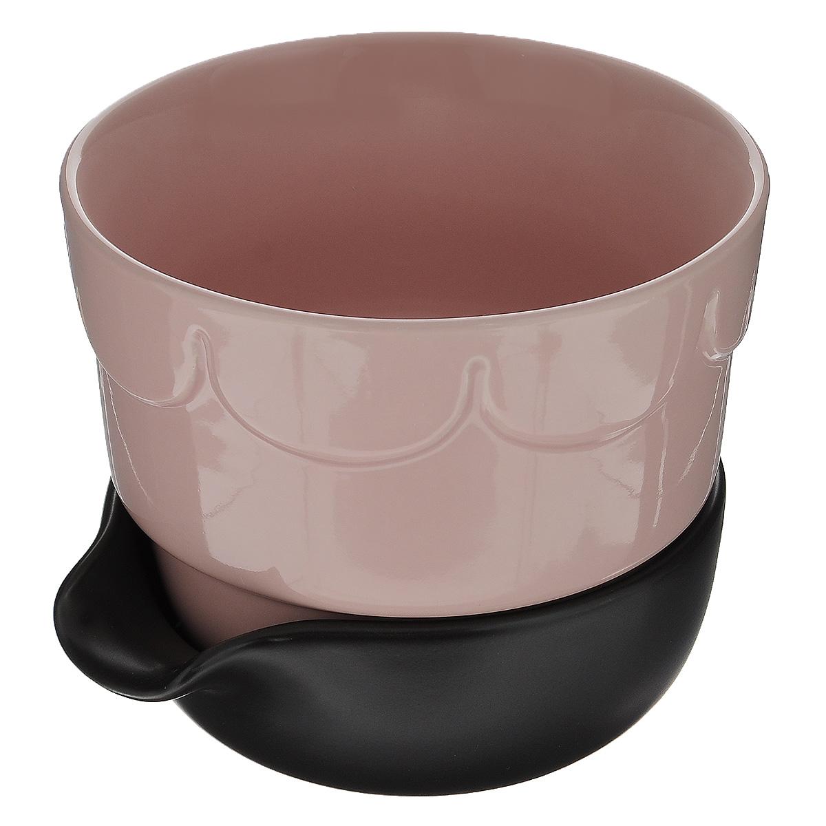 Горшок для цветов Sagaform, с поддоном, цвет: бледно-розовый, коричневый, диаметр 13,5 см5016675Цветочный горшок Sagaform с поддоном выполнен из высококачественной керамики и предназначен для выращивания в нем цветов, растений и трав. Поддон обеспечивает систему прикорневого полива, которая способствует вентиляции и дренажу корневой системы растения. Такой горшок порадует вас современным дизайном и функциональностью, а также оригинально украсит интерьер помещения. Диаметр по верхнему краю: 13,5 см. Высота горшка: 11 см. Диаметр поддона: 12 см.