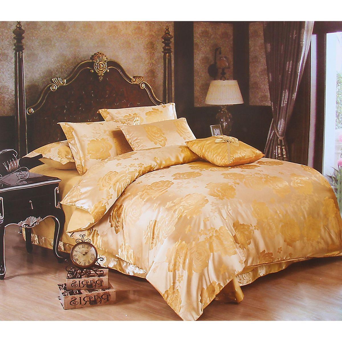 Комплект белья Этель Комильфо, евро, наволочки 50x70, цвет: бежевый, золотистый103573Комплект постельного белья Этель Комильфо состоит из пододеяльника на молнии, простыни и двух наволочек. Удивительной красоты вышивка, нанесенная на белье, сочетает в себе нежность и теплоту. Постельное белье Этель Комильфо создано для романтичных натур, которые любят изысканный дизайн. Белье изготовлено из 100% хлопка и тканного жаккарда отвечающего всем необходимым нормативным стандартам. Жаккард - это ткань фактурного плетения, в которой нити очень плотно переплетены и образуют узорчатый рельеф. Это очень практичный материал, неприхотливый в уходе, более долговечный, по сравнению с другими тканями, полученными одним из простых способов плетения. Приобретая комплект постельного белья Этель Комильфо, вы можете быть уверенны в том, что покупка доставит вам и вашим близким удовольствие и подарит максимальный комфорт.