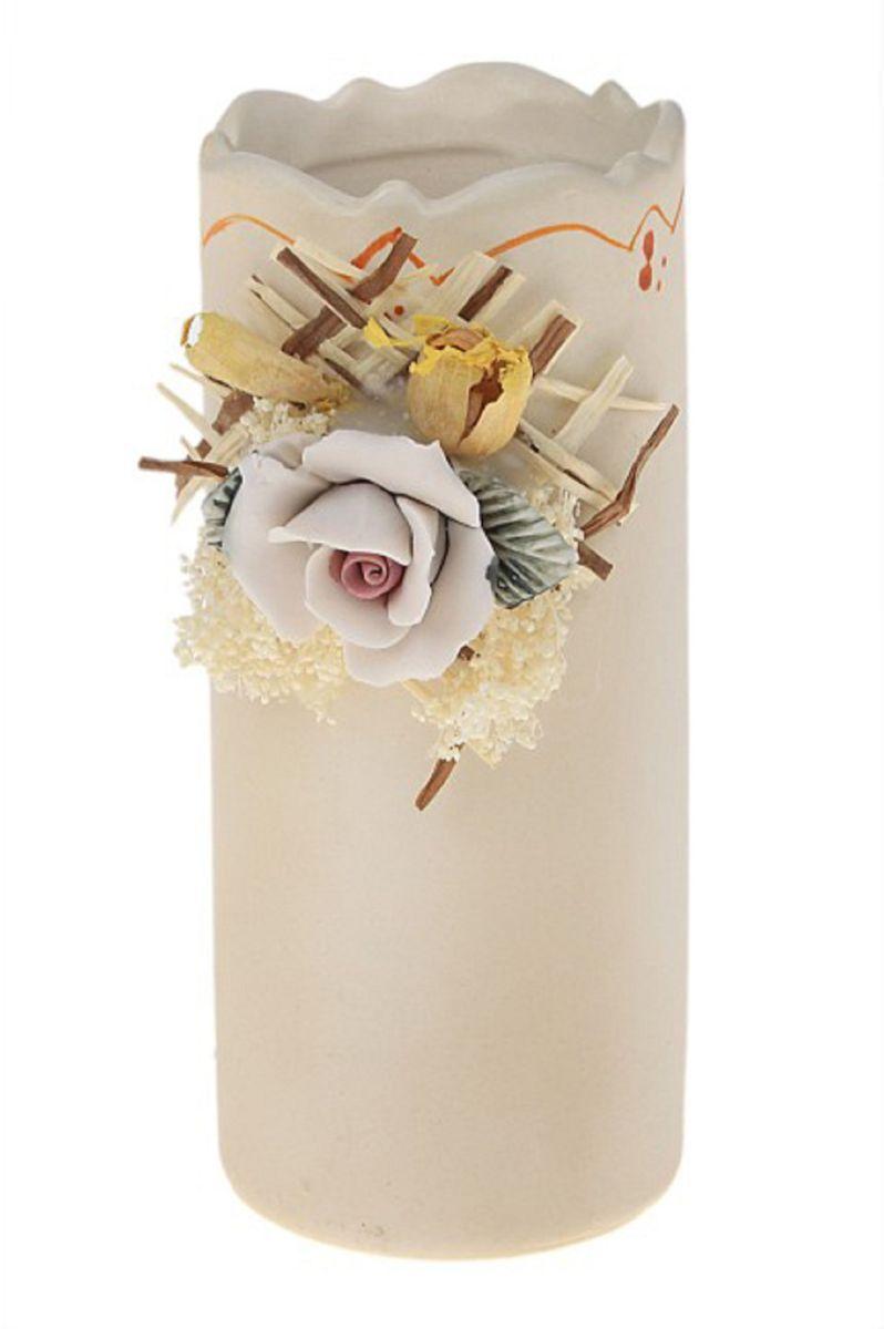 Ваза Sima-land Катерина, высота 12,5 см482126Ваза Sima-land Катерина изготовлена из высококачественной керамики. Оригинальная форма и необычное оформление сделают эту вазу замечательным украшением интерьера. Ваза декорирована объемным цветком и засушенными веточками растений. Любое помещение выглядит незавершенным без правильно расположенных предметов интерьера. Они помогают создать уют, расставить акценты, подчеркнуть достоинства или скрыть недостатки.