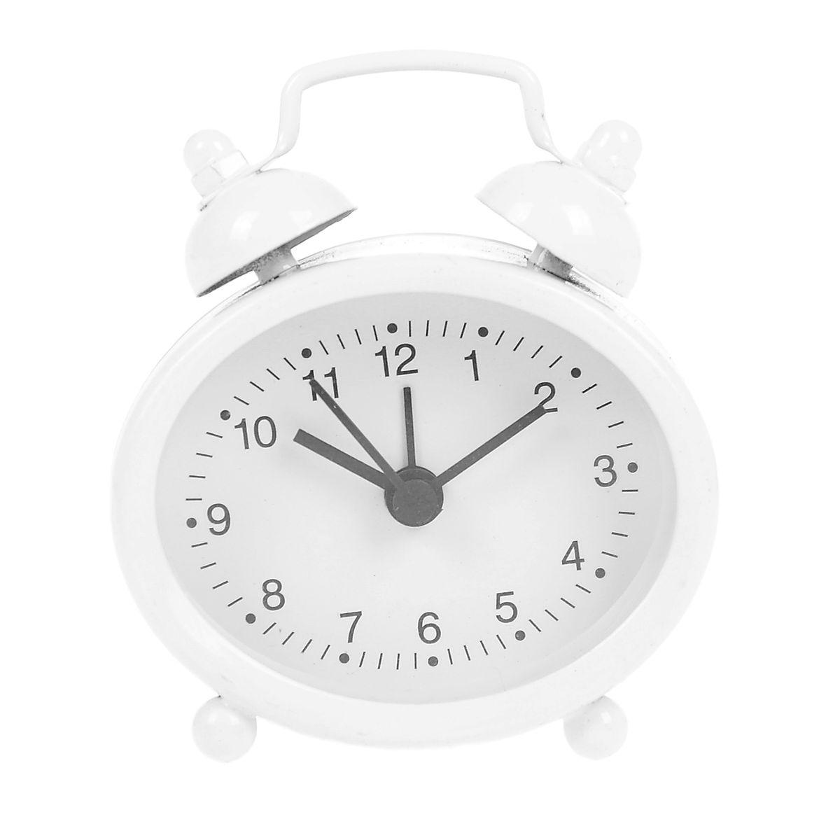 Часы-будильник Sima-land, цвет: белый. 840948840948Как же сложно иногда вставать вовремя! Всегда так хочется поспать еще хотя бы 5 минут и бывает, что мы просыпаем. Теперь этого не случится! Яркий, оригинальный будильник Sima-land поможет вам всегда вставать в нужное время и успевать везде и всюду. Будильник украсит вашу комнату и приведет в восхищение друзей. Эта уменьшенная версия привычного будильника умещается на ладони и работает так же громко, как и привычные аналоги. Время показывает точно и будит в установленный час. На задней панели будильника расположены переключатель включения/выключения механизма, а также два колесика для настройки текущего времени и времени звонка будильника. Будильник работает от 1 батарейки типа LR44 (входит в комплект).