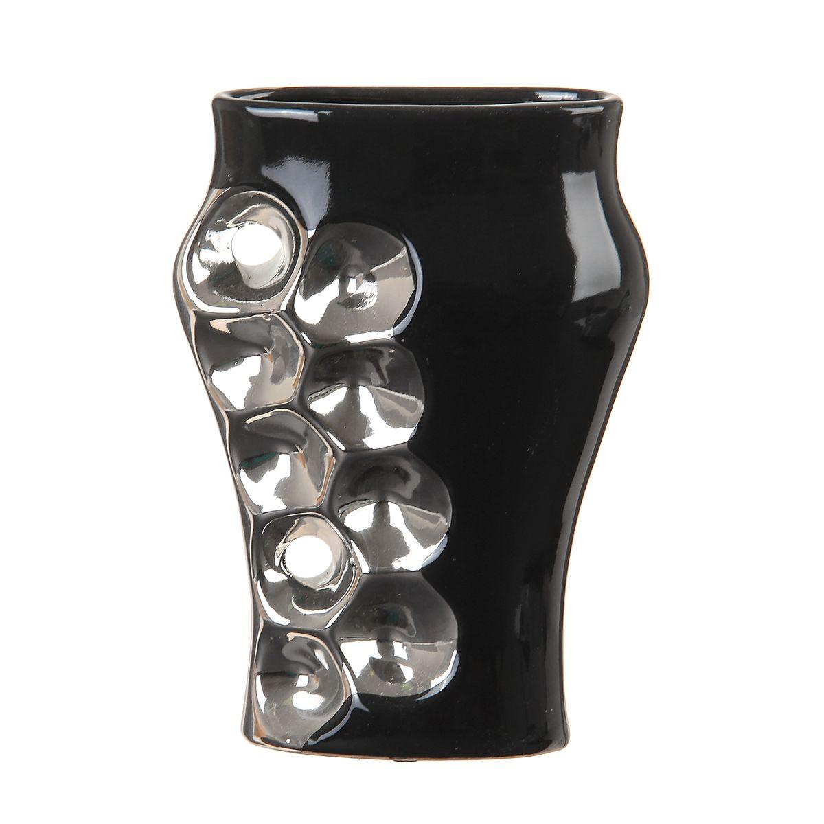 Ваза Sima-land Пузыри, цвет: черный, серебристый, высота 22 см863619Ваза Sima-land Пузыри изготовлена из высококачественной керамики. Интересная форма и необычное оформление сделают эту вазу замечательным украшением интерьера. Ваза предназначена как для живых, так и для искусственных цветов. Любое помещение выглядит незавершенным без правильно расположенных предметов интерьера. Они помогают создать уют, расставить акценты, подчеркнуть достоинства или скрыть недостатки.