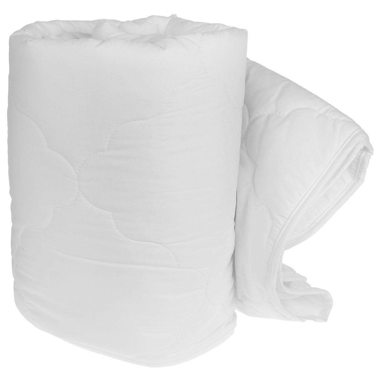 Одеяло легкое Green Line, наполнитель: бамбуковое волокно, цвет: белый, 172 х 205 см165995Легкое одеяло Green Line подарит незабываемое чувство комфорта и уюта во время сна. Верх выполнен из ткани нового поколения из микрофиламентных нитей Ultratex. Внутри - наполнитель из бамбукового волокна. Это экологически чистый натуральный материал, который позаботится о вашем здоровье и подарит комфортный сон. Бамбук обеспечивает антибактериальную защиту и имеет оптимальную терморегуляцию. Стежка и кант по краю не позволяют наполнителю скатываться и равномерно удерживают его внутри. Одеяло легкое и тонкое - оно идеально подойдет для лета, под ним будет прохладно и комфортно спать в жару. Рекомендации по уходу: - ручная и машинная стирка при температуре 30°С, - не отбеливать, - нельзя отжимать и сушить в стиральной машине, - не гладить, - химчистка с мягкими растворителями, - сушить вертикально. Материал чехла: ткань Ultratex (100% полиэстер). Наполнитель: 50% бамбуковое волокно (100% вискоза), 50%...