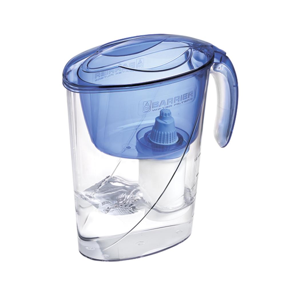 Фильтр-кувшин для воды Барьер Эко, цвет: аквамаринФильтр-кувшин Барьер Эко цвет: аквамаринФильтр Eco - одна из самых популярных моделей фильтров-кувшинов. Кувшин обеспечит Вам нужное количество чистой воды за раз и при этом не будет занимать много места на кухне. Фильтр-кувшин предназначен для доочистки питьевой водопроводной воды. Эффективно очищает воду от активного хлора, органических и хлороорганических соединений, токсичных металлов и других вредных веществ. Устраняет неприятные запахи и привкусы. Фильтр укомплектован сменной фильтрующей кассетой БАРЬЕР-4. В состав кассеты входят особая комбинация высококачественных активированных углей для сорбции вредных примесей и специальные ионообменные материалы для удаления из воды ионов токсичных металлов. Особенности данного фильтра: высококачественный пластик, допущенный для контакта с питьевой водой; возможность мыть в посудомоечной машине; уникальная конструкция воронки с защитой от выпадения крышки; уникальная технология NanoPlus®; удобная консольная ручка; ...