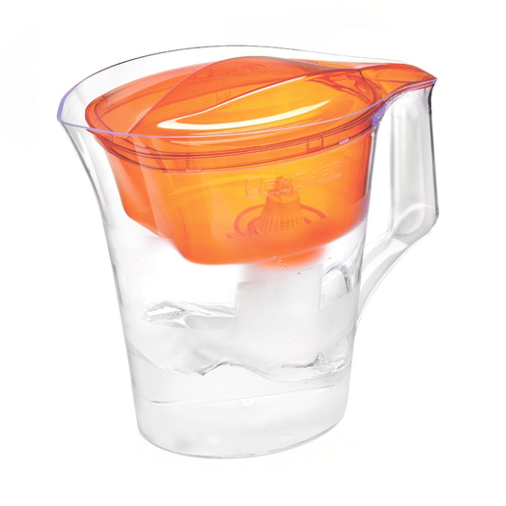 Фильтр-кувшин для воды Барьер Твист, цвет: оранжевыйSC-FD421005Фильтр-кувшин Барьер Твист предназначен для доочистки питьевой водопроводной воды. Эффективно очищает воду от активного хлора, органических и хлороорганических соединений, токсичных металлов и других вредных веществ. Устраняет неприятные запахи и привкусы. Фильтр Твист представляет собой обновленный эксклюзивный дизайн от лидера известной студии Артемия Лебедева. Кувшин декорирован матовыми горизонтальными полосами, которые подчеркивают форму кувшина. Имеет удобная цельнолитая ручка, специальные пазы для надежного крепления воронки и крышки, широкий выступ на крышке кувшина, за который её удобно снимать и надевать. Особенности данного фильтра:Кувшин изготовлен из высококачественного пластика, допущенного для контакта с питьевой водой;В стандартной комплектации поставляется в продажу со сменной кассетой БАРЬЕР Стандарт;Температура очищаемой воды не выше 40°С;Срок службы изделия не более 5 лет;Соответствует стандарту NSF/ANSI 42 и 53.К фильтру-кувшину Барьер-твист подходят 4 вида сменных кассет для воды с разными типами загрязнения: Б-4 для водопроводной воды.Б-5 с фторирующим эффектом. Б-6 для жесткой воды. Б-7 для защиты от железа.Барьер - это высококачественные материалы и жесточайший контроль на каждой стадии производства. На сегодняшний день компания Барьер располагает производством полного цикла и собственной научно-исследовательской лабораторией. Конструкторский отдел компании сотрудничает с ведущими дизайн-бюро Европы, что позволяет обновлять модельный ряд фильтров-кувшинов раз в 2-3 года.Общий объем кувшина: 4 л. Объем воронки: 1,4 л. Объем очищенной воды: 1,6 л.Средний ресурс сменной кассеты (в зависимости от качества исходной воды): 350 л. Материал: пластик.