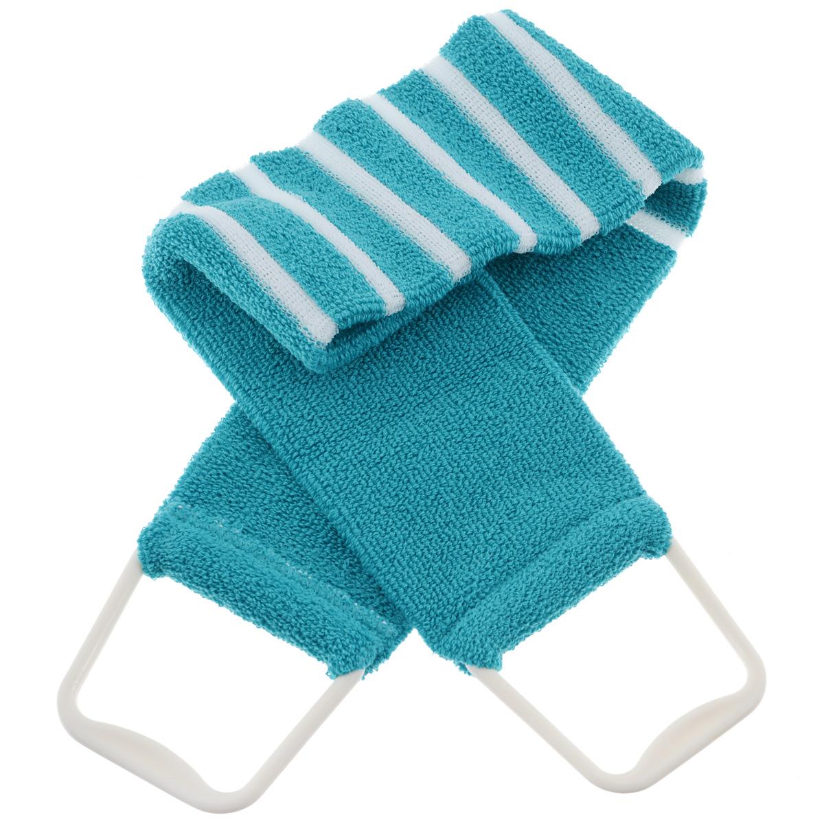 Мочалка 426, цвет: бирюзовыйSW 280Мочалка-пояс Riffi применяется для мытья тела, обладает активным пилинговым действием, тонизируя, массируя и эффективно очищая вашу кожу. Мягкая хлопковая мочалка-пояс хорошо намыливает тело, а ее цветные полоски из жесткой полиэтиленовой махры эффективно удаляют отмершие чешуйки кожи, производя одновременно с пилингом и легкий массаж. Для удобства применения пояс снабжен двумя пластиковыми ручками. Благодаря отшелушивающему эффекту мочалки-пояса, кожа освобождается от отмерших клеток, становится гладкой, упругой и свежей. Интенсивный и пощипывающе свежий массаж тела с применением Riffi стимулирует кровообращение, активирует кровоснабжение, способствует обмену веществ, что в свою очередь позволяет себя чувствовать бодрым и отдохнувшим после принятия душа или ванны. Riffi регенерирует кожу, делает ее приятно нежной, мягкой и лучше готовой к принятию косметических средств. Приносит приятное расслабление всему организму. Борется со спазмами и болями в мышцах, предупреждает образование целлюлита и обеспечивает омолаживающий эффект. Гипоаллергенная.