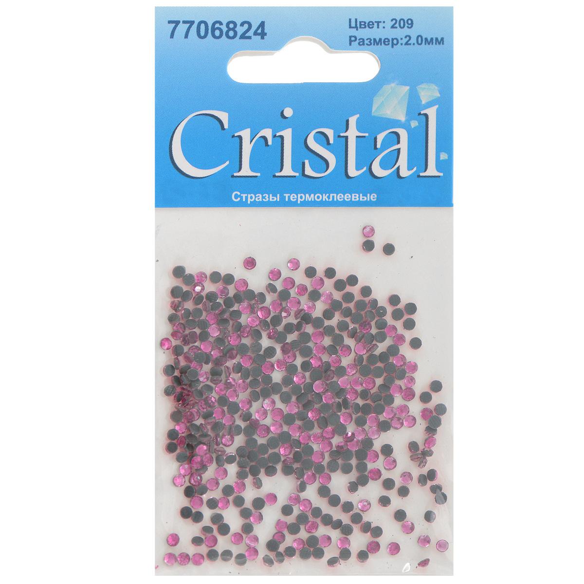 Стразы термоклеевые Cristal, цвет: розовый (209), диаметр 2 мм, 432 шт531-105Набор термоклеевых страз Cristal, изготовленный из высококачественного акрила, позволит вам украсить одежду, аксессуары или текстиль. Яркие стразы имеют плоское дно и круглую поверхность с гранями.Дно термоклеевых страз уже обработано особым клеем, который под воздействием высоких температур начинает плавиться, приклеиваясь, таким образом, к требуемой поверхности. Чаще всего их используют в текстильной промышленности: стразы прикладывают к ткани и проглаживают утюгом с обратной стороны. Также можно использовать специальный паяльник. Украшение стразами поможет сделать любую вещь оригинальной и неповторимой. Диаметр страз: 2 мм.