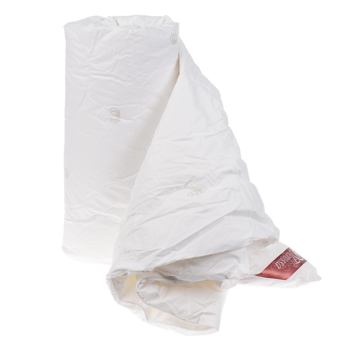 Одеяло Verossa, наполнитель: лебяжий пух, цвет: белый, 200 см х 220 см10503Одеяло Verossa - стильная и комфортная постельная принадлежность, которая подарит уют и позволит окунуться в здоровый и спокойный сон. Чехол одеяла выполнен из перкаля пуходержащего (100% хлопка). Внутри - наполнитель из искусственного лебяжьего пуха, который является аналогом натурального пуха и представляет собой сверхтонкое волокно нового поколения. Благодаря этому одеяло очень мягкое и легкое, не накапливает пыль и запахи. Важным преимуществом является гипоаллергенность наполнителя, поэтому одеяло отлично подходит как взрослым, так и детям. Легкое и объемное, оно имеет среднюю степень теплоты и отличную терморегуляцию: под ним будет тепло зимой и не жарко летом. Рекомендации по уходу: - Можно стирать в стиральной машине при температуре не выше 30°С. - Не отбеливать. - Не гладить. - Нельзя отжимать и сушить в стиральной машине. - Химчистка с мягким растворителем. - Сушить вертикально. Материал чехла: перкаль пуходержащий (100% хлопок). Наполнитель: искусственный лебяжий пух (100% полиэстер). Размер: 200 см х 220 см.Плотность наполнителя: 150 г/м2.