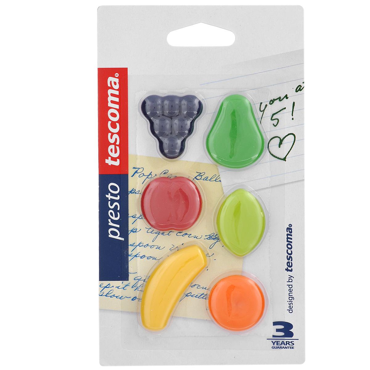 Магниты на холодильник Tescoma Presto, 6 шт420852Магниты на холодильник Tescoma Presto отлично подходят для фиксирования рецептов, заметок на кухне. Изготовлены из прочного высококачественного пластика и магнита. Не предназначены как игрушка для детей. Средний размер магнита: 3 см х 2 см.