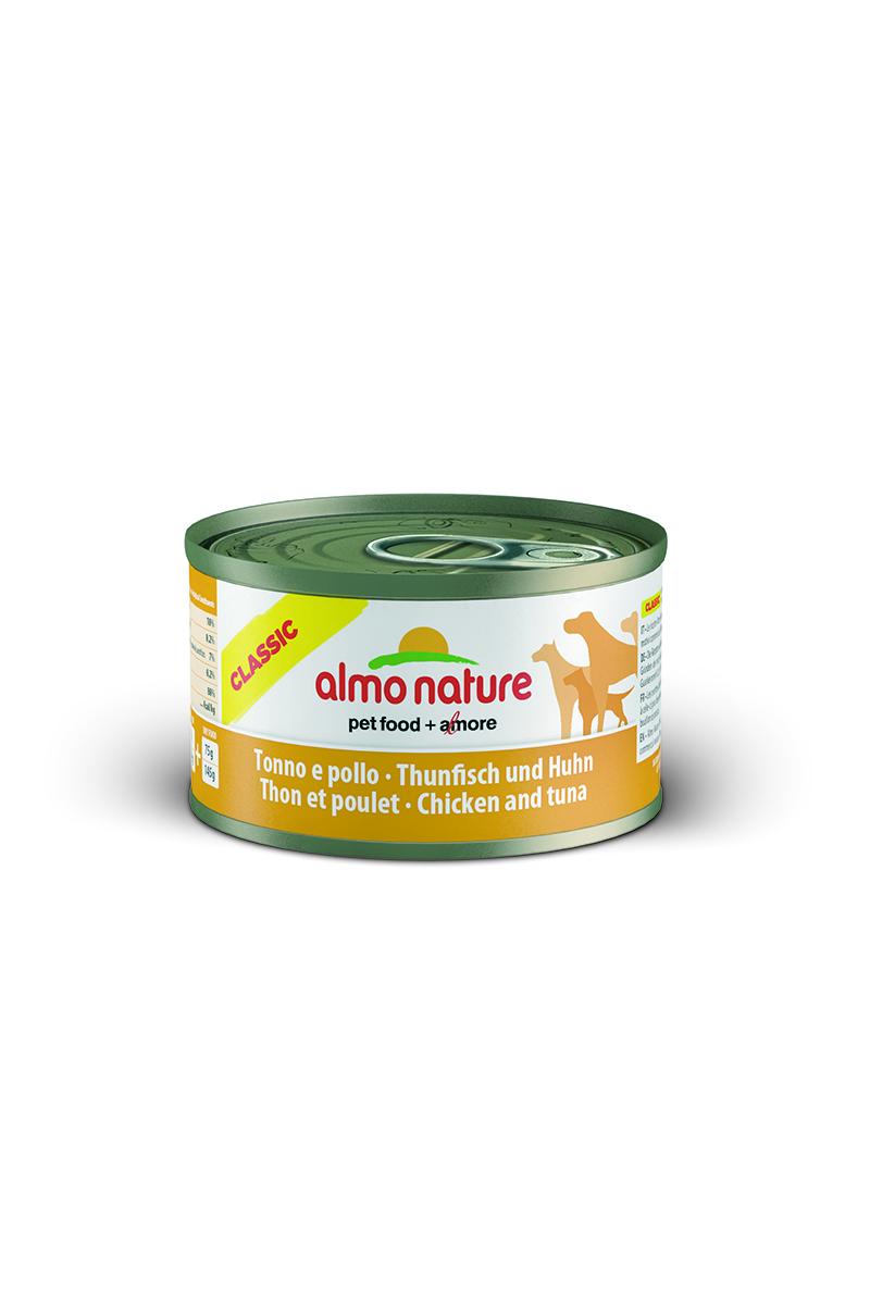 Консервы для собак Almo Nature Classic, с тунцом и курицей, 95 г0120710Консервы Almo Nature Classic - сбалансированный влажный корм для собак, изготовленный из ингредиентов высшего качества, являющихся натуральными источниками витаминов и питательных веществ. Состав: филе из тунца - 25% мин., куриное филе - 25% мин., рис - 3% мин., гуаровая камедь - 0,2%, бульон из тунца.Гарантированный анализ: белки - 10%, клетчатка - 0,2%, жиры - 7%, зола - 0,5%, влажность - 80%.Калорийность - 532 ккал/кг.Товар сертифицирован.