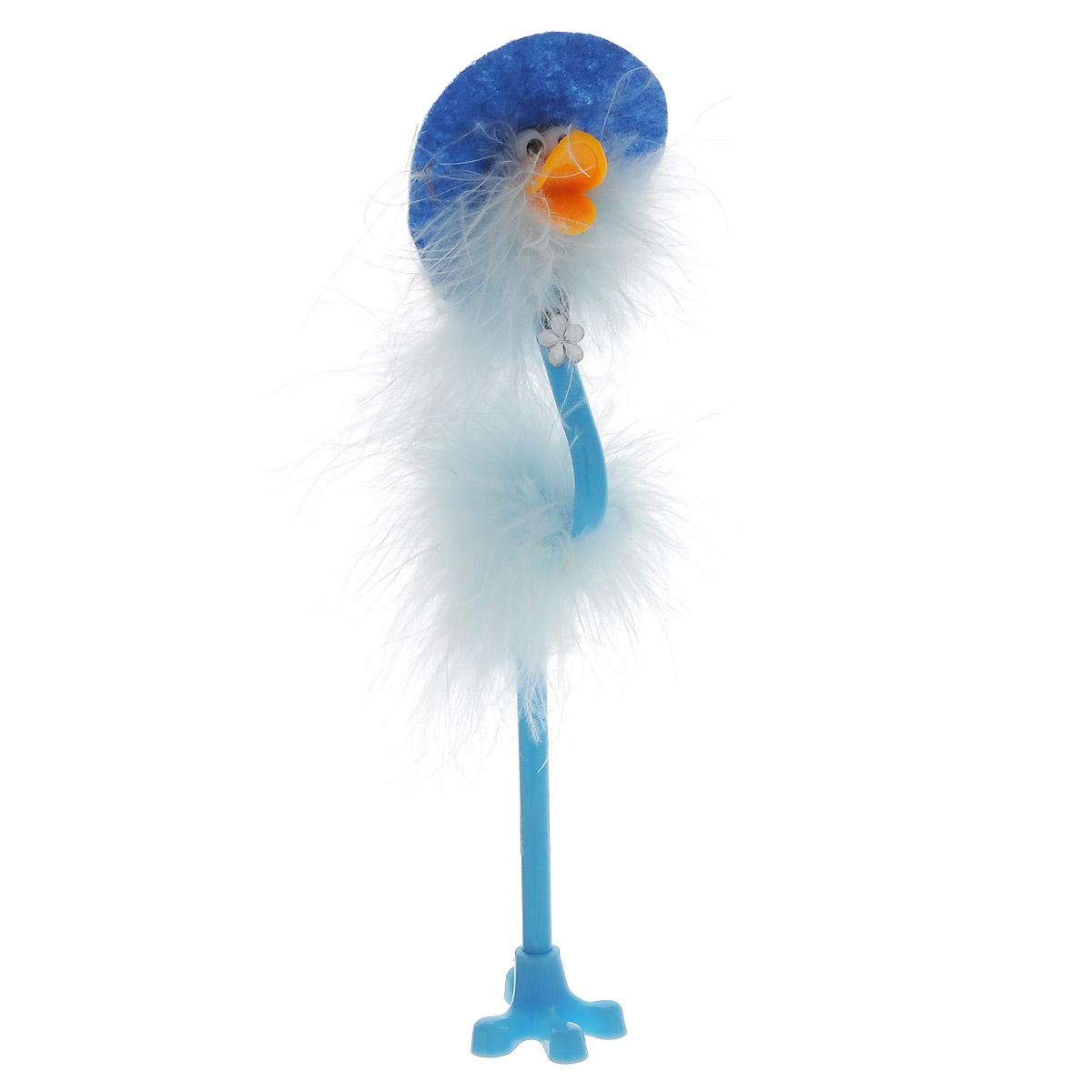 Ручка-игрушка Flamingo, в шляпке, с подставкой, цвет: голубой72523WDОригинальная шариковая ручка-игрушка Flamingo станет отличным подарком и незаменимым аксессуаром на вашем рабочем столе. Ручка, украшенная перьями, выполнена в виде забавной птички фламинго в широкополой шляпке. К ручке прилагается подставка в виде лапки. Такая ручка - это забавный и практичный подарок, она не потеряется среди бумаг и непременно вызовет улыбку окружающих.