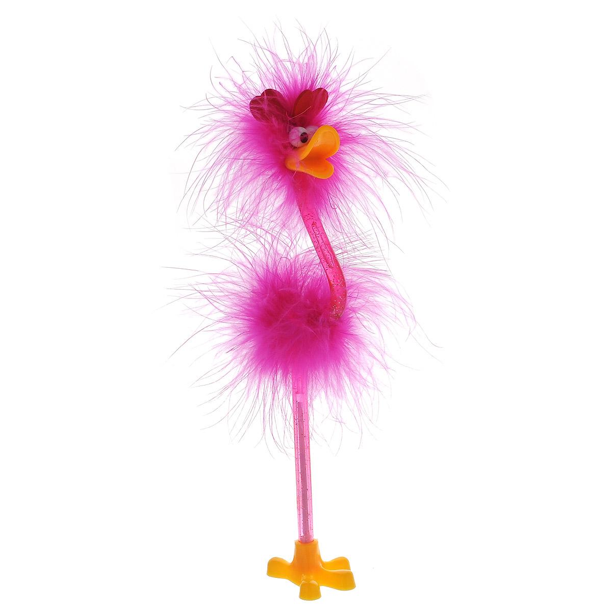 Ручка-игрушка Flamingo, с сердечками, с подставкой, цвет: фуксия72523WDОригинальная шариковая ручка-игрушка Flamingo станет отличным подарком и незаменимым аксессуаром на вашем рабочем столе. Ручка, украшенная перьями, выполнена в виде забавной птички фламинго с антеннами-сердечками. К ручке прилагается подставка в виде лапки. Такая ручка - это забавный и практичный подарок, она не потеряется среди бумаг и непременно вызовет улыбку окружающих.