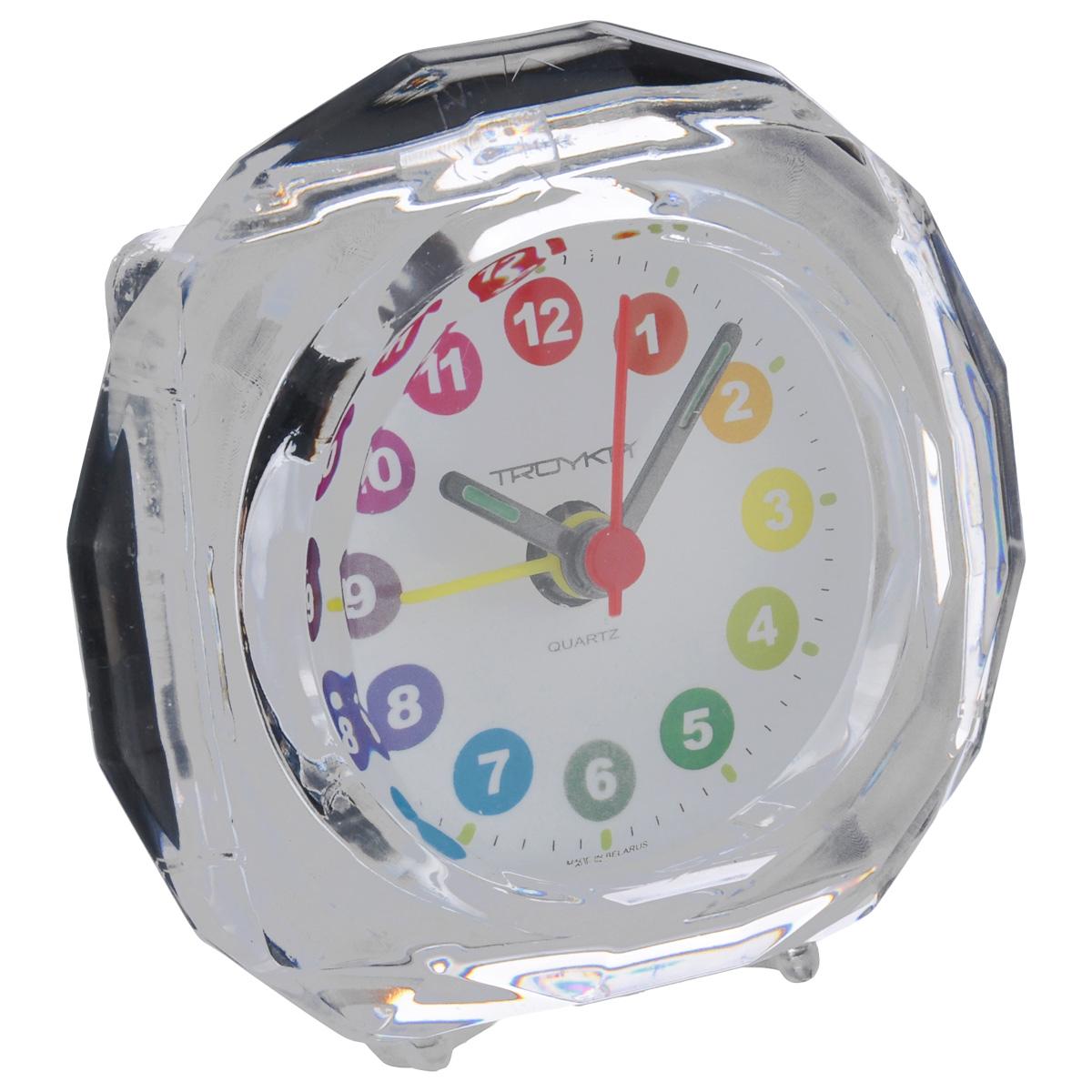 Будильник Troyka, цвет: прозрачный. 02.00902.009Будильник Troyka выполнен из стекла и пластика. Он поможет вам просыпаться по утрам и никуда не опаздывать. На задней панели будильника расположены переключатель включения/выключения механизма и два колесика для настройки текущего времени и времени звонка будильника. Будильник работает от 1 батарейки типа AA (не входит в комплект).