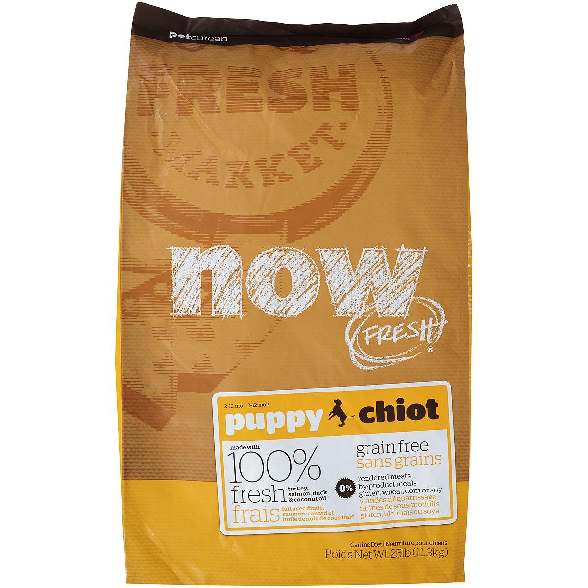Корм сухой Now Fresh для щенков, беззерновой, с индейкой, уткой и овощами, 11,3 кг10111Now Fresh - полностью сбалансированный холистик корм для щенков всех пород из филе индейки, утки и лосося. Это первый беззерновой корм со сбалансированным содержание белков и жиров. Ключевые преимущества: - не содержит субпродуктов, красителей, говядины, мясных ингредиентов, выращенных на гормонах, - омега-масла в составе необходимы для здоровой кожи и шерсти, - пробиотики и пребиотики обеспечивают здоровое пищеварение, - антиоксиданты укрепляют иммунную систему. Состав: филе индейки, картофель, горох, свежие цельные яйца, томаты, масло канолы (источник витамина Е), семена льна, натуральный ароматизатор, филе лосося, утиное филе, кокосовое масло (источник витамина Е), яблоки, морковь, тыква, бананы, черника, клюква, малина, ежевика, папайя, ананас, грейпфрут, чечевица, брокколи, шпинат, творог, ростки люцерны, дикальций фосфат, люцерна, карбонат кальция, фосфорная кислота, натрия хлорид, лецитин, хлорид калия, DL-метионин,...