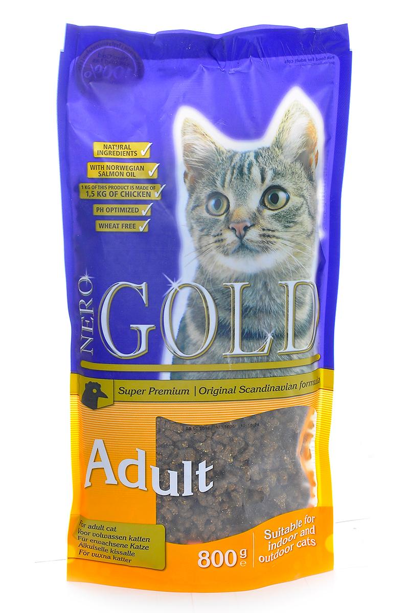 Корм сухой Nero Gold Adult, для кошек, с курицей, 800 г20049Сухой корм Nero Gold Adult - это полнорационный и сбалансированный корм супер премиум класса для взрослых кошек всех пород и возрастов с курицей. В состав корма для кошек Nero Gold входит одна из самых жизненно важных для здоровья и развития организма аминокислота - Таурин. Корма для кошек Nero Gold не содержат такие ингредиенты как: пшеница, соя, свинина, субпродукты и продукты ГМО. Также корма Nero Gold известны в Европе и славятся своим непревзойденным вкусом. Удобная и качественная упаковка поможет сохранить корм вкусным и не даст ему выветриться. Состав: дегидрированное мясо курицы, рис, маис, куриный жир, рыбная мука, ячмень, дегидрированная куриная печень, мякоть свеклы, дрожжи, яичный порошок, рыбий жир, минералы и витамины, хондроитина, глюкозамина, лецитин, инулин, таурин, холин хлорид. Анализ: белки 32,0%, жиры 18,0%, клетчатка 2,0%, зола 6,0%, влага 8,0%, фосфор 0,9%, кальций 1,4%. Пищевые добавки (на 1 кг): витамин A 20000 ME, витамин D3...