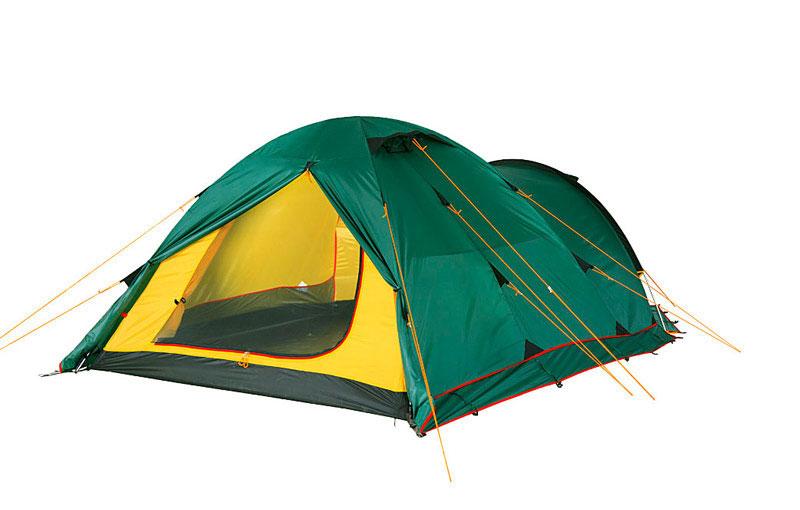 Палатка Alexika Tower 3 Plus GreenGESS-725Tower 3 Plus - купольная двухслойная палатка на три взрослых места. Эта палатка предназначена для велопутешественников, а также тех туристов, которые передвигаются с объемным багажом - во вместительном тамбуре, как в гараже перед домом, поместятся транспорт и рюкзаки, и еще останется место для обуви и каких-то вещей. В тамбуре при желании даже можно устроить полевую «столовую». У палатки Tower 3 Plus три входа/выхода, внутренняя «комната» защищена москитной сеткой. Для удобства, чтобы вы не перепутали края полога и москитной сетки, в них вшиты молнии разного цвета (красная для входа, черная - для москитной сетки). Палатку легко собирать - цветовая маркировка дуг и рукавов тента под дуги соответствуют друг другу. Чтобы растянуть дно палатки, достаточно отрегулировать оттяжку, перетыкать колышки при этом нет необходимости. Во внутренней палатке имеется 6 карманов и полочка под куполом для нужных мелочей. Фонарь можно повесить на предусмотренное для этого кольцо. Внутренняя палатка закрепляется на дугах при помощи клипс, а чтобы тент при сильном ветре не соприкасался с поверхностью палатки и не промокал, между ними натянуты стропы. Вес: 5,3 кг. Количество мест: 3. Сезонность: весна-осень. Размер: 455 x 190 x 115 см. Размер в чехле: 18 x 52 см. Материал тента: Полиэстер. мин. 4000, макс. 10000 мм H2OМатериал дна: Полиэстер. мин. 6000, макс. 10000 мм Н2ОМатериал дуг: Алюминий 8.5 ммВнутренняя палатка: есть. Ветроустойчивость: средняя. Количество входов: 3. Цвет: зеленый. Область применения: трекинг. Технологии:Пропитка, задерживающая распространение огня. Швы герметизированы термоусадочной лентой. Узлы палатки, испытывающие высокие нагрузки, усилены более прочной тканью. Край тента обшит прочной стропой. Молнии на внешнем тенте фиксируются алюминиевым крючком. Внутренняя палатка оснащена противомоскитной сеткой, шестью карманами, кольцом для фонаря и полочкой для мелких предметов. Эффективная система вентиляции состоит из двух ве