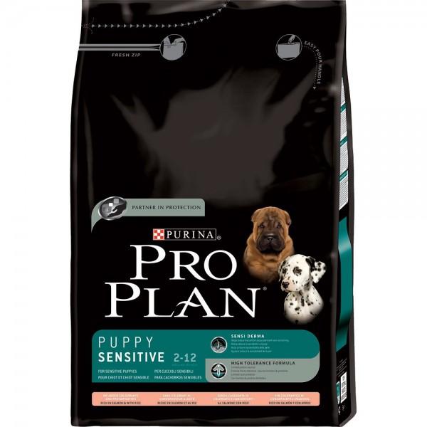 Корм сухой Pro Plan Puppy Sensitive для щенков с чувствительным пищеварением, ягненок с рисом, 3 кг0120710Корм сухой Pro Plan Puppy Sensitive - полнорационный корм для щенков с чувствительным пищеварением. Корм содержит кусочки ягненка в качестве основного ингредиента, которые готовятся специальным методом, позволяющим сохранить их питательную ценность и вкусовые качества. Тщательно отобранные ингредиенты обеспечивают достаточное содержание питательных веществ и высокую усвояемость. Корм имеет в составе высокий уровень витаминов, минеральных и питательных веществ для соответствия нуждам питомца на разных стадиях развития и при разном образе жизни. OPTISTART: Содержит молозиво, первичное материнское молоко, богатое природными антителами, для укрепления иммунной системы щенка и усиления защиты, полученной от матери. Нормализует баланс между полезными и болезнетворными бактериями в пищеварительном тракте, помогая бороться с расстройствами пищеварения у щенка.PRO DIGEST: Содержание специальных ингредиентов, таких как яйца, бентонит и сочетание различных пищевых волокон для поддержания здорового пищеварения и улучшения качества стула у щенков с чувствительным пищеварением.BRAIN & VISION (Мозг и зрение): Содержит Омега-3 жирные кислоты, естественный компонент материнского молока, необходимый для лучшего развития мозга и зрения.Состав: ягненок (21%), кукуруза, кукурузный глютен, сухой белок птицы, рис (8%), животный жир, кукурузная мука, вкусоароматическая кормовая добавка, сухая мякоть свеклы, минеральные вещества, яичный порошок (1,9%), рыбий жир, молозиво (0,1%).Добавленные вещества: МЕ/кг: витамин A: 33 600; витамин D3: 1 090; витамин E: 620; мг/кг: витамин C: 620; железо: 89; йод: 2,2; медь: 13,8; марганец: 42; цинк: 167; селен: 0,14.Технологические добавки: мг/кг: бентонит (природный глинистый минерал): 6 300; экстракт токоферолов природного происхождения: 55.Гарантируемые показатели: белок 30,0%; жир 19,0%; сырая зола 7,5%; сырая клетчатка 2,0%; DHA 0,06%.Товар серт
