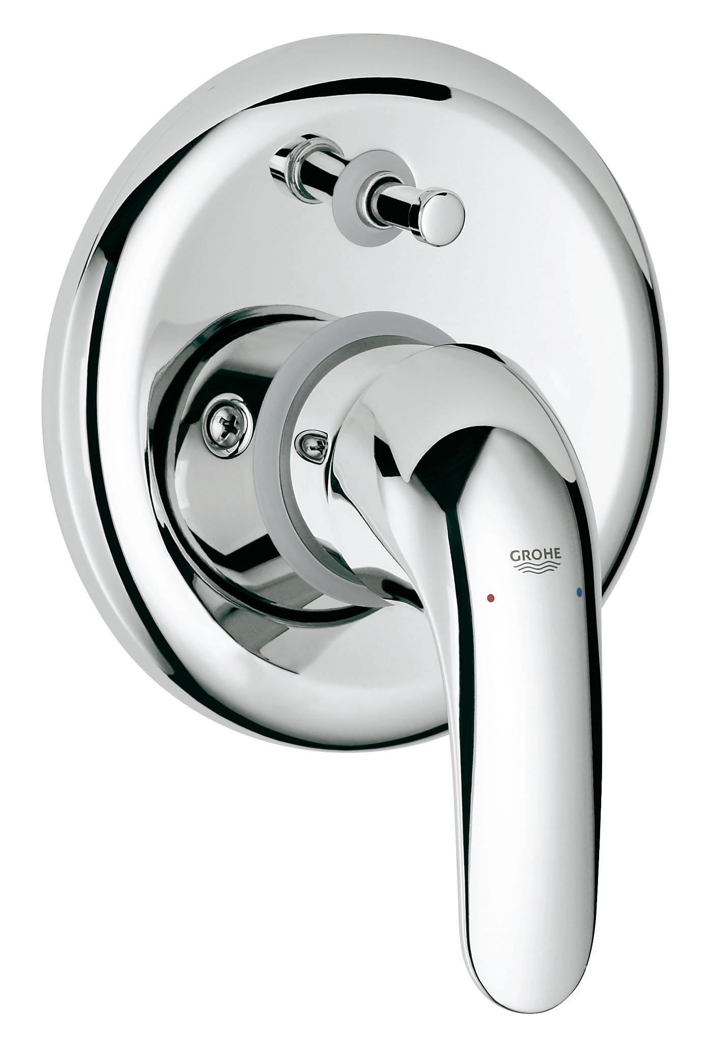 Смеситель встраиваемый для ванны GROHE Euroeco new (встр. механизм в комплекте) (32747000)32747000Скрытый монтаж Включает в себя: Встраиваемый механизм (33 963) Комплект готового монтажа (19 379) GROHE SilkMove керамический картридж O 46 мм GROHE StarLight хромированная поверхность Автоматический переключатель: ванна/душ Металлический рычаг Уплотнитель розетки и рычага Отражатели из металла Винтовое крепление Дополнительный ограничитель температуры (46 308 000)