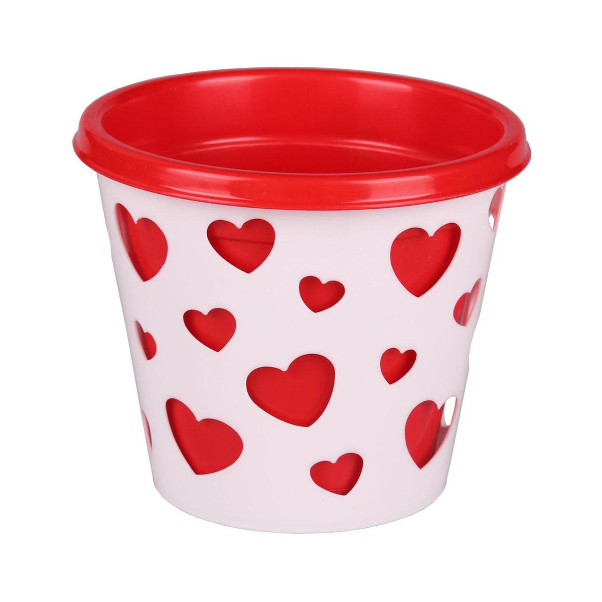 Горшок-кашпо Альтернатива Валентинка, со вставкой, цвет: красный, белый, 2 лМ4634Горшок-кашпо Альтернатива Валентинка выполнен из высококачественного пластика. Стенки изделия декорированы перфорацией в виде сердец разного размера. В комплекте пластиковая вставка, которая вставляется в горшок-кашпо. Такой горшок-кашпо прекрасно подойдет для выращивания растений и цветов в домашних условиях. Лаконичный дизайн впишется в интерьер любого помещения. Размер горшка: 17 см х 17 см х 16,5 см. Размер вставки: 18 см х 18 см х 16 см. Объем: 2 л.