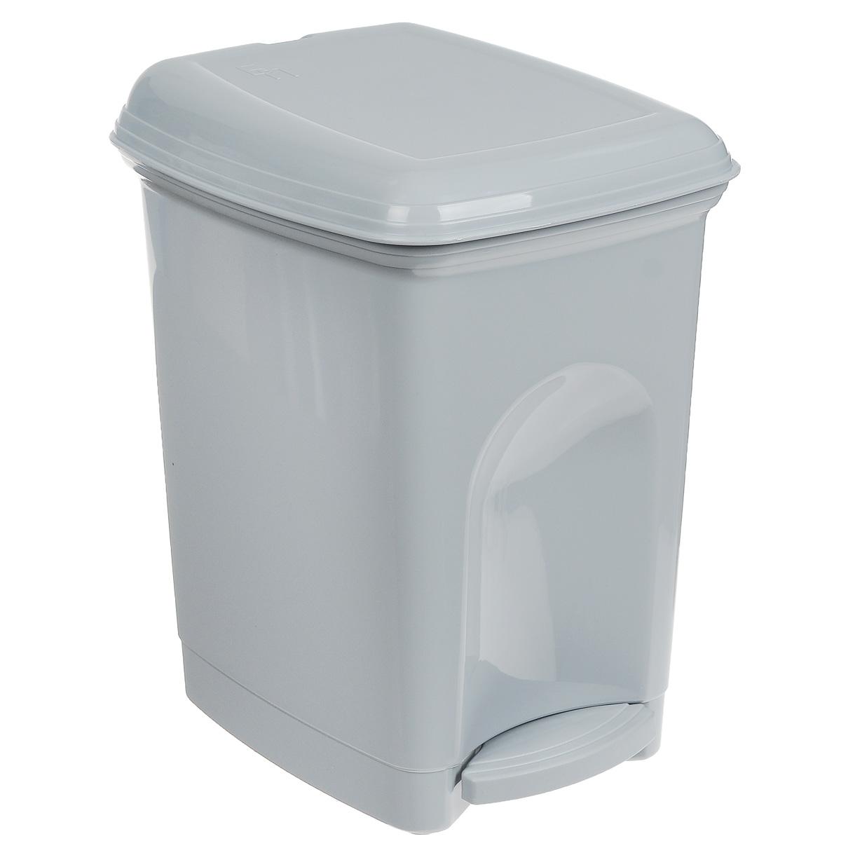 Контейнер для мусора Бытпласт, с педалью, цвет: серый, 7 лС12026Мусорный контейнер Бытпласт может стать декоративным элементом в помещении. Контейнер, выполненный из прочного пластика, не боится ударов и долгих лет использования. Изделие оснащено педалью, с помощью которой можно открыть крышку. Закрывается крышка практически бесшумно, плотно прилегает, предотвращая распространение запаха. Внутри пластиковая емкость для мусора, которую при необходимости можно достать из контейнера. Интересный дизайн разнообразит интерьер кухни и сделает его более оригинальным. Размер: 18 см х 22 см х 29 см.