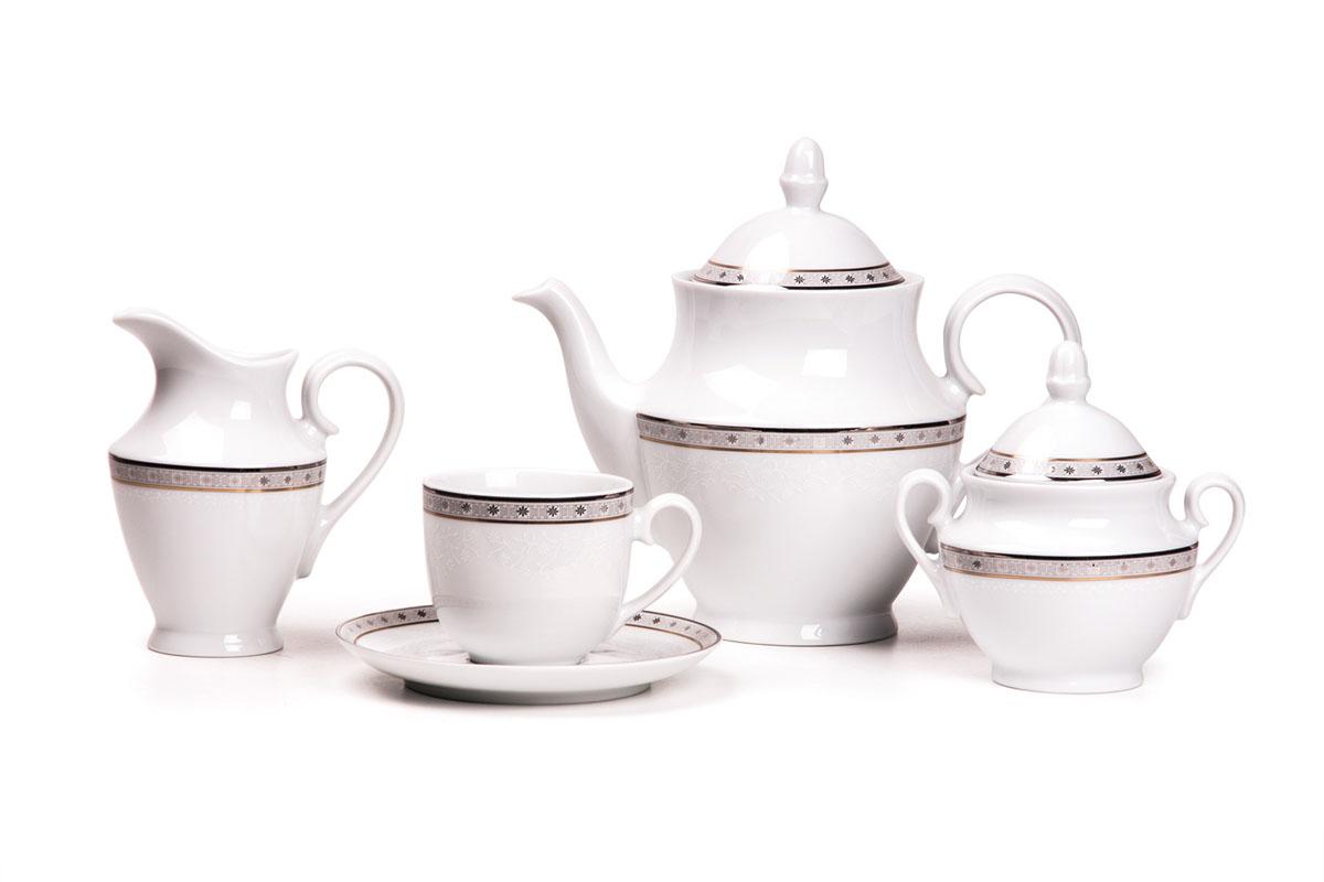 Сервиз чайный 15пр, цвет: белый с платиной659509 1515Чайник 1 л, сахарница 280мл, молочник 290мл, чайная пара 210 мл *6 штук. Фарфор фабрики Tunisie Porcelaine, производится в Тунисе из знаменитой своим качеством и белизной глины, добываемой во французской провинции Лимож.Преимущества этого фарфора заключаются в устойчивости к сколам и трещинам, что возможно благодаря двойному термическому обжигу. Европейский дизайн, декор и формы обеспечиваются за счет тесного сотрудничества фабрики с ведущими мировыми дизайн-бюро такими как: Nelly Reynal, Yves De la Rosiere, Sarah Anderson, Heracles. Материал: фарфор: цвет: белый с платиной Серия: TANIT
