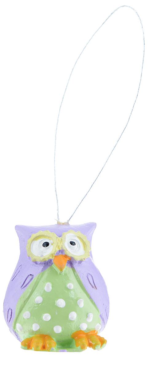 Декоративное подвесное украшение Феникс-презент Совы, 3 см х 2,5 см х 3 см, 4 штZ-0307Набор подвесных украшений Феникс-презент Совы изготовлен из полирезины. Элементы выполнены в виде сов и оснащены специальной текстильной петелькой для подвешивания. Такое украшение будет потрясающе смотреться в интерьере комнаты.