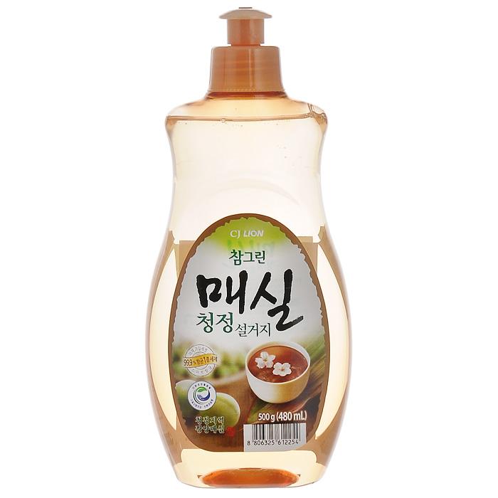 Средство для мытья посуды Cj Lion Chamgreen, с экстрактом японского абрикоса, 480 мл790009Средство Cj Lion Chamgreen для мытья посуды, овощей и фруктов - это средствовысшего класса с экстрактом японского абрикоса. Удаляет бактерии и микробы на 99,9%, -поэтому идеально подходит даже для мытья детской посуды ибутылочек.Ключевые преимущества: - Подходит для мытья посуды, овощей и фруктов, а также длядезинфекции разделочной доски и губки.- Усиленная формула для защиты рук - содержит увлажняющиекомпоненты на растительной основе.- Биологически разлагается, способствует сокращению CO2 ватмосферу и снижению загрязнения водных ресурсовСостав: Анионные ПАВ 17,5%, альфа олефин, аминокислоты,средства для защиты кожи, экстракт сливы.Товар сертифицирован.